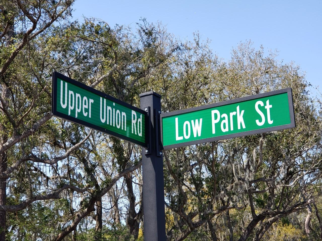 1555 Low Park Street Mount Pleasant, SC 29464