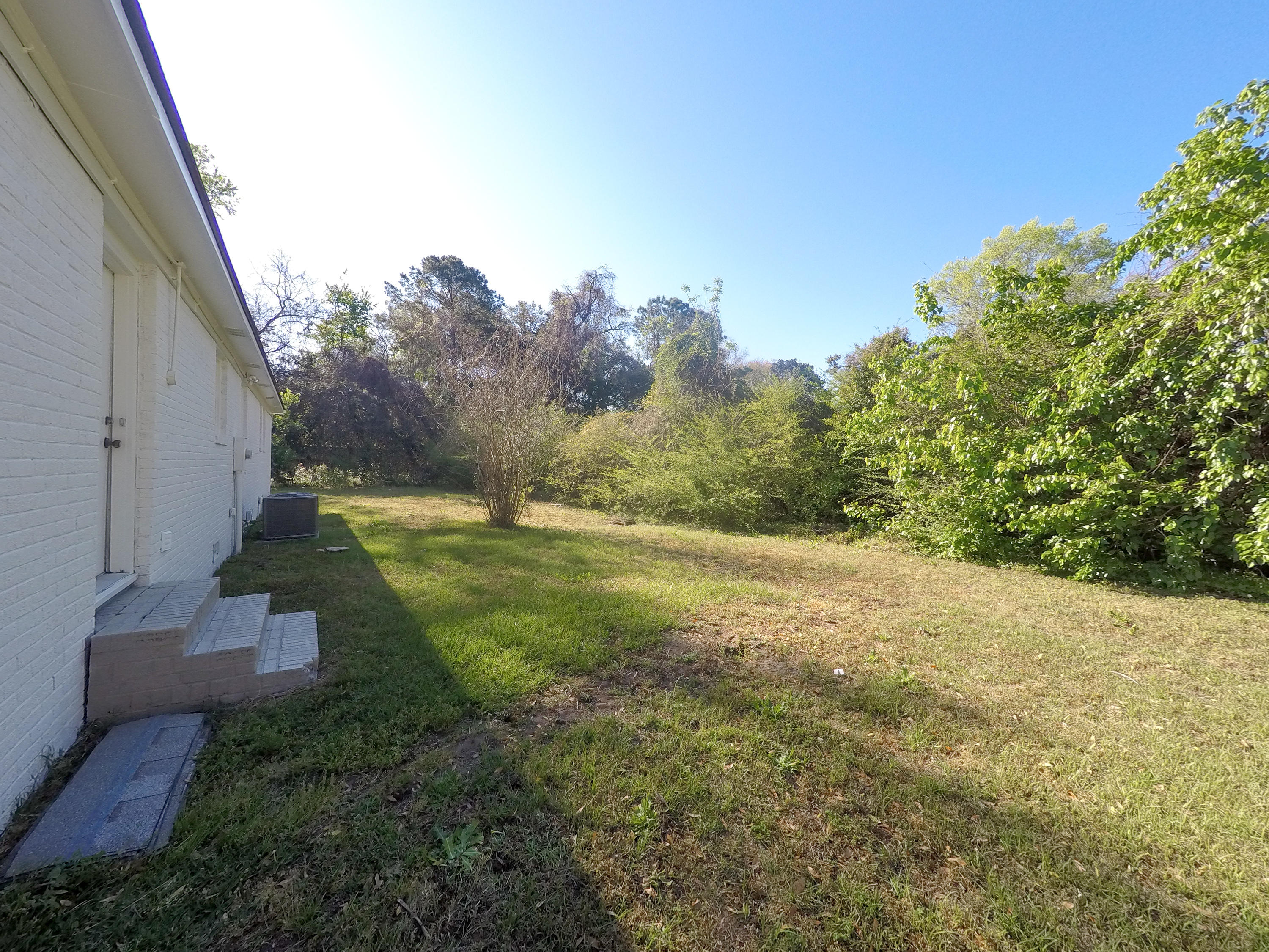 1105 S Shadow Drive Mount Pleasant, SC 29464