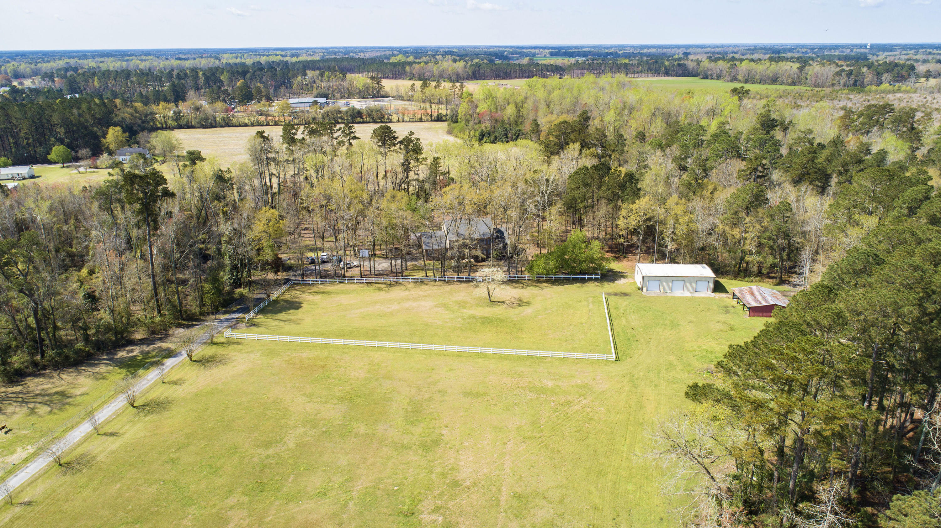 1463 Diles Bay Road Turbeville, SC 29162