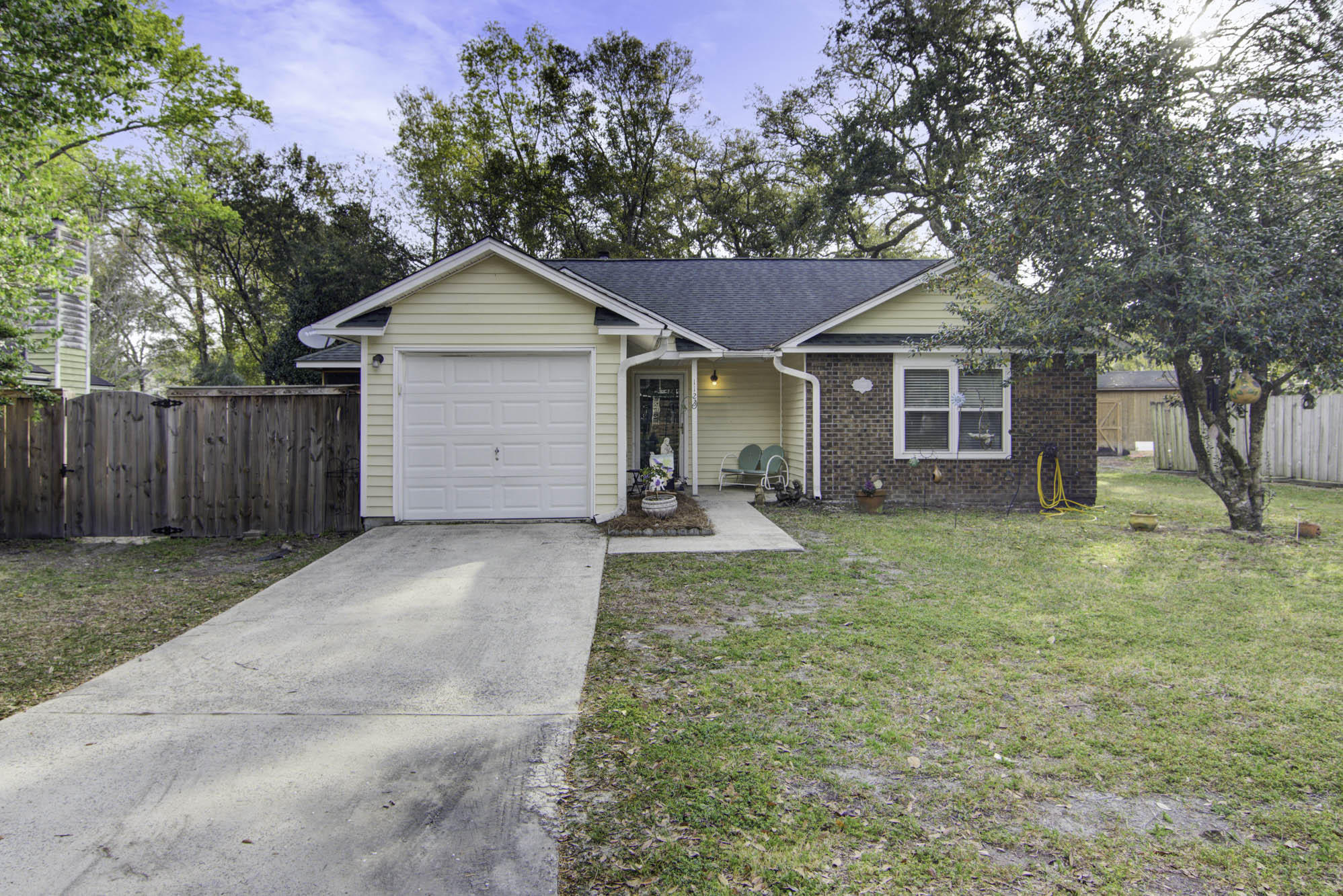 1123 Landsdowne Drive Charleston, SC 29412