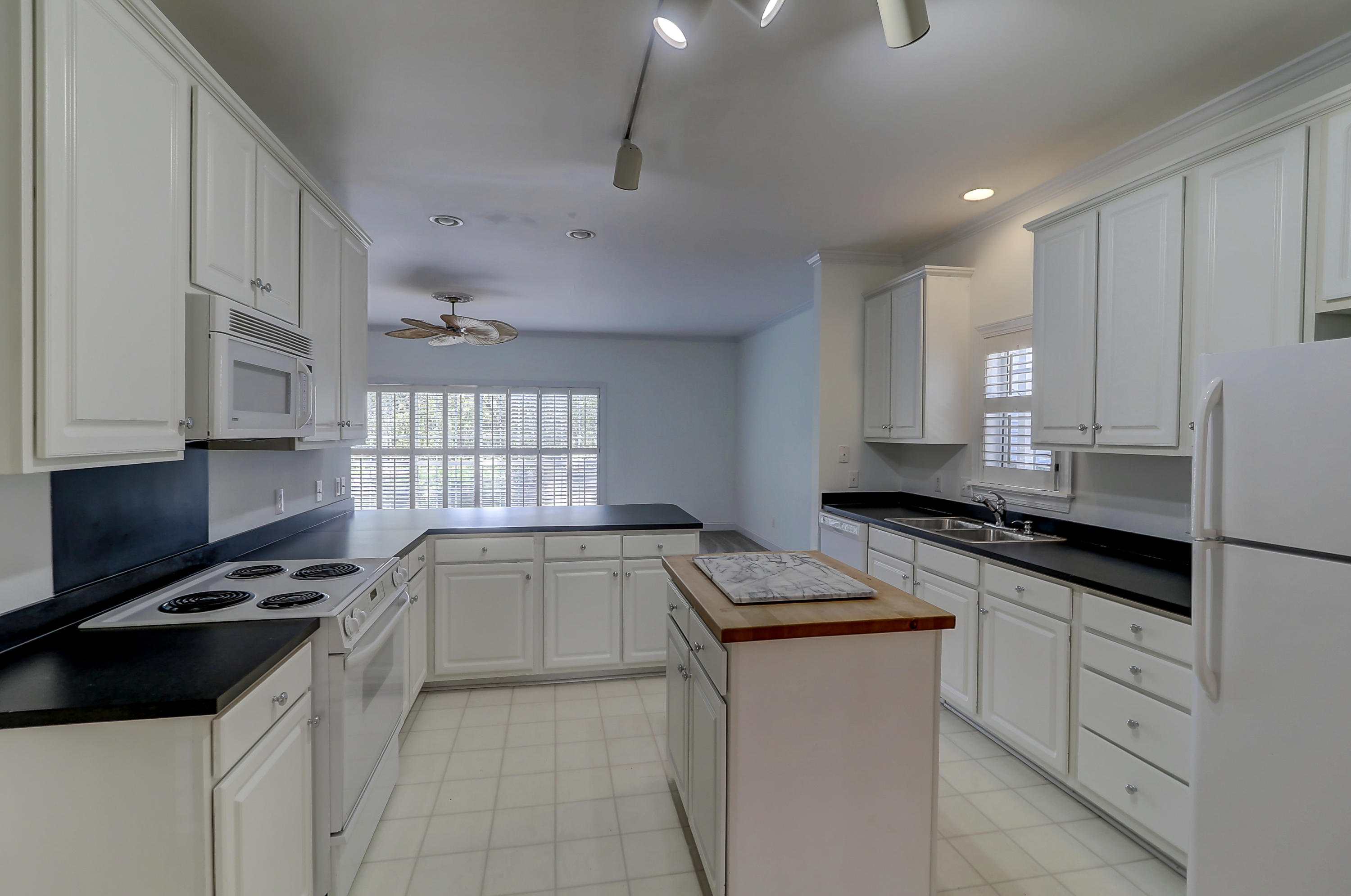 Queens Row Homes For Sale - 1065 Mathis Ferry, Mount Pleasant, SC - 13