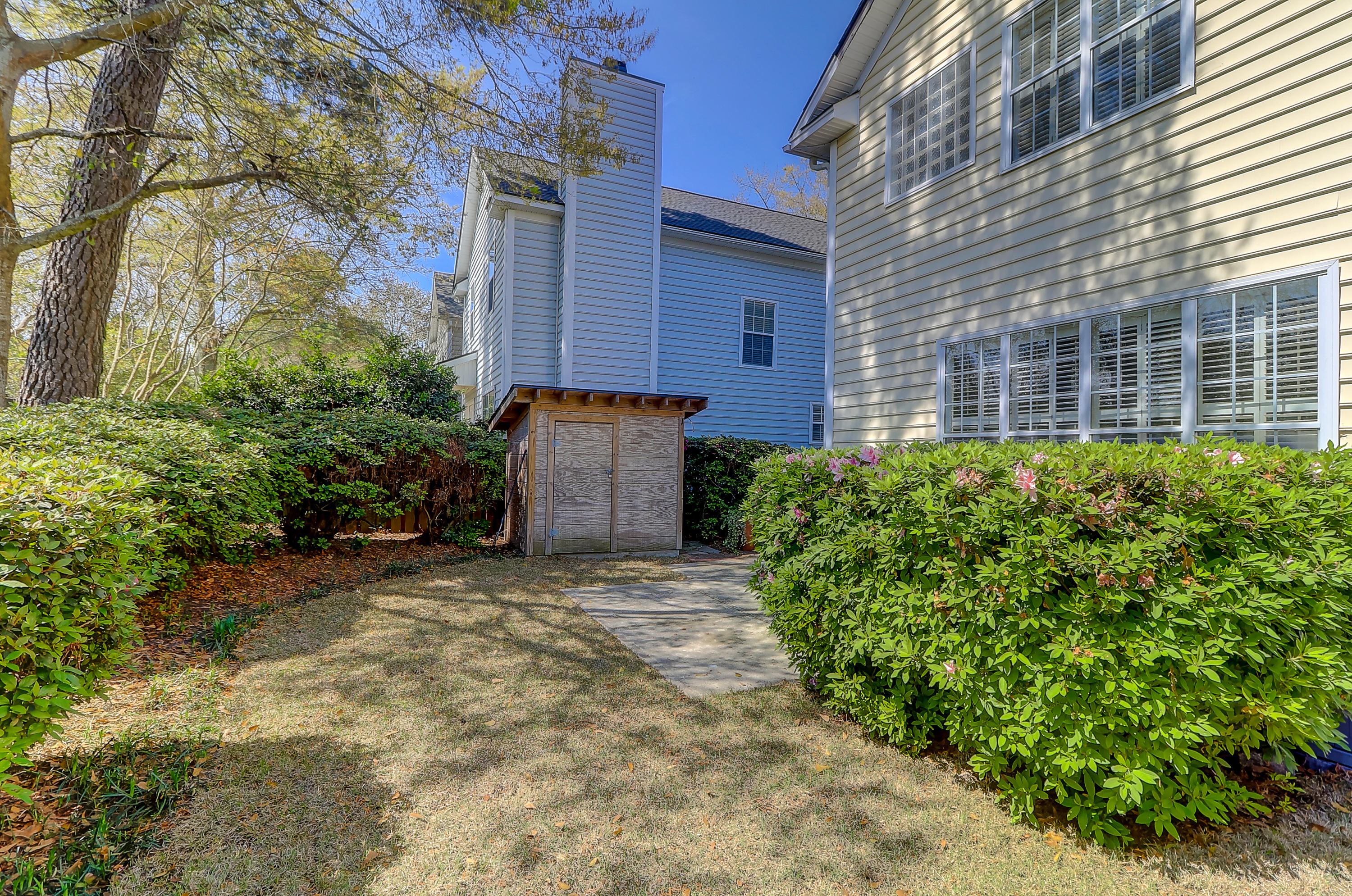 Queens Row Homes For Sale - 1065 Mathis Ferry, Mount Pleasant, SC - 4
