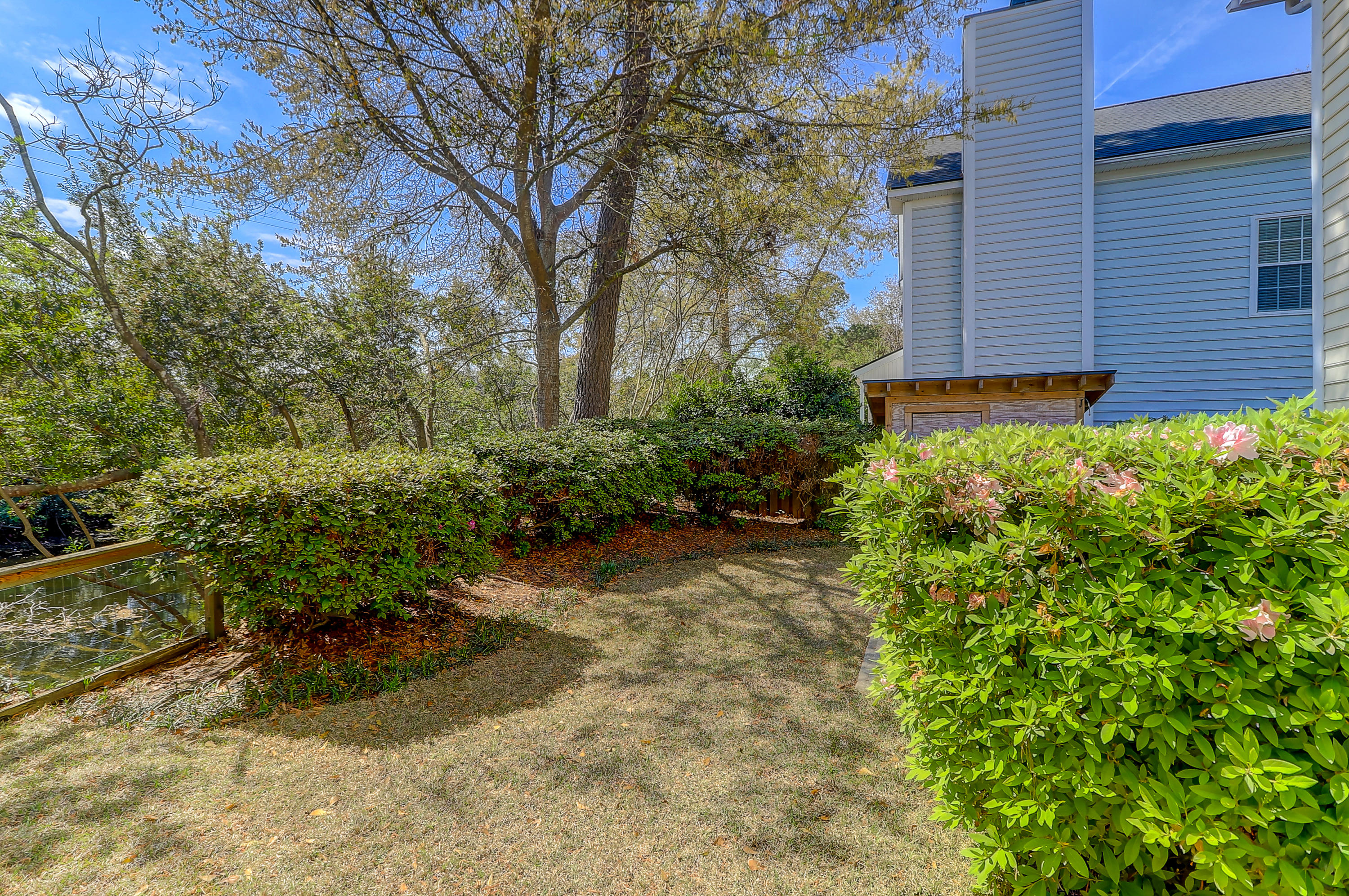 Queens Row Homes For Sale - 1065 Mathis Ferry, Mount Pleasant, SC - 3