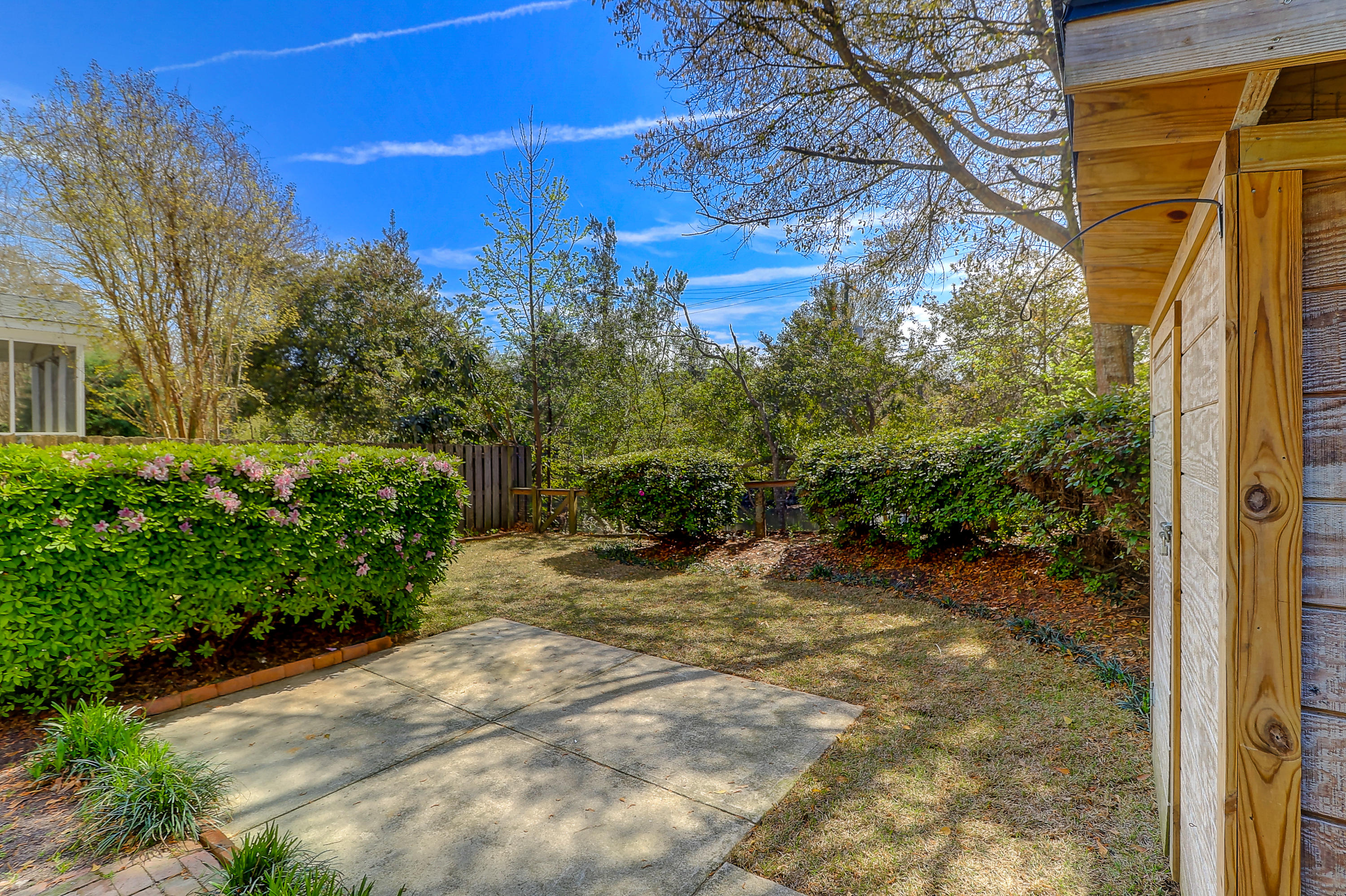 Queens Row Homes For Sale - 1065 Mathis Ferry, Mount Pleasant, SC - 2