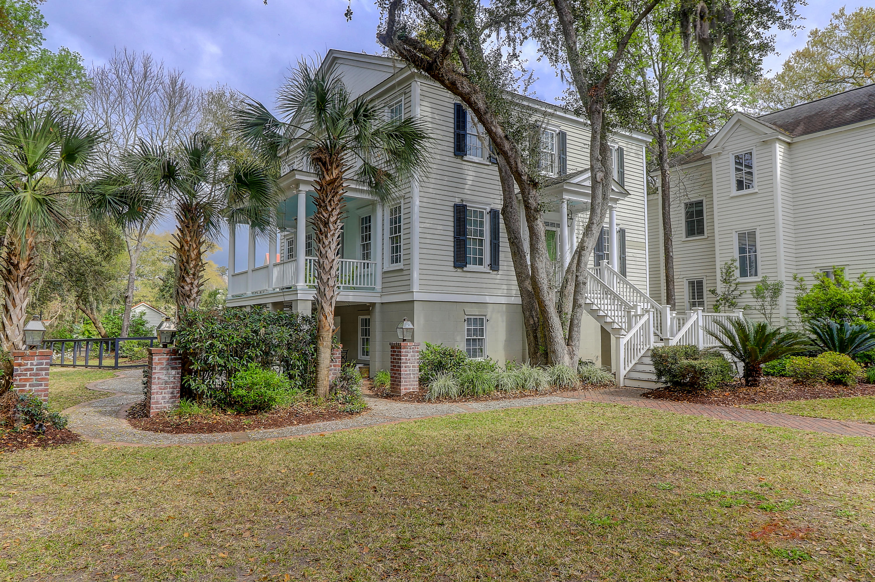 113 N Shelmore Boulevard Mount Pleasant, Sc 29464