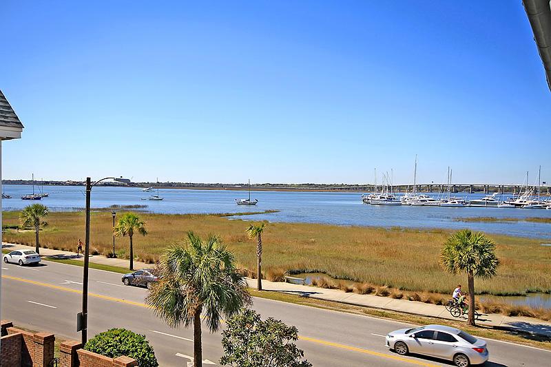 6 Lockwood Drive Charleston, SC 29401