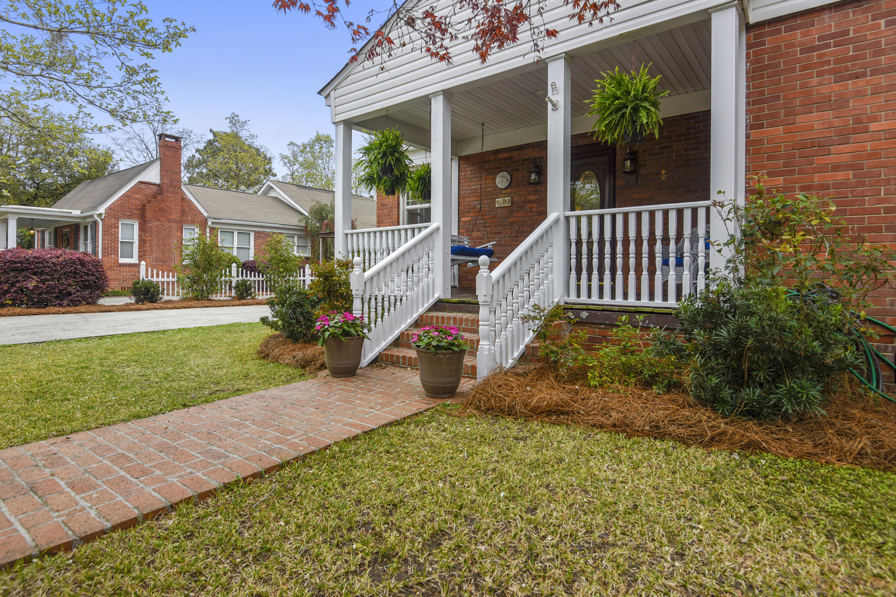 1217 Old Murray Drive Hanahan, SC 29410
