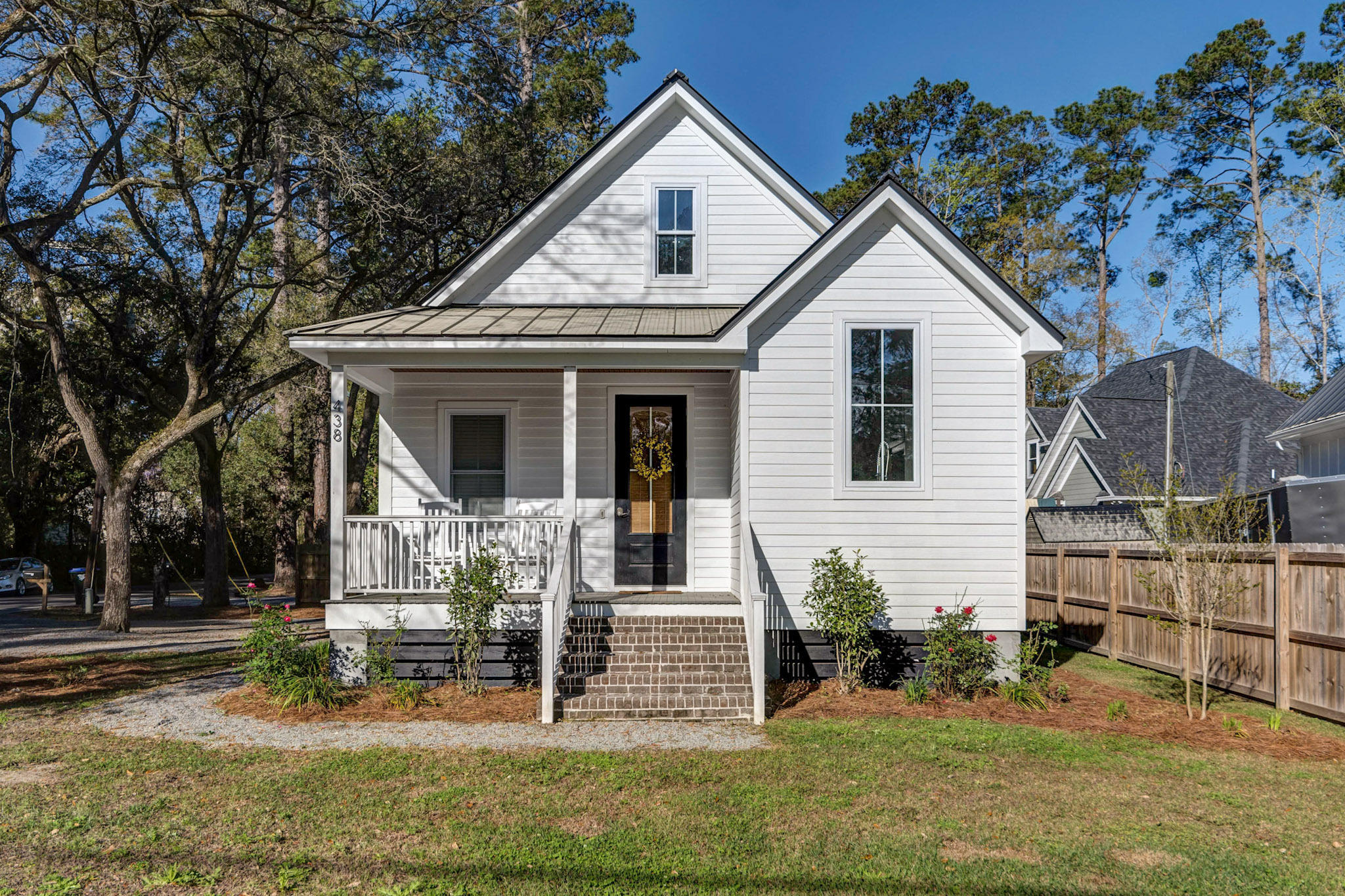 438 Simmons Avenue Summerville, SC 29483