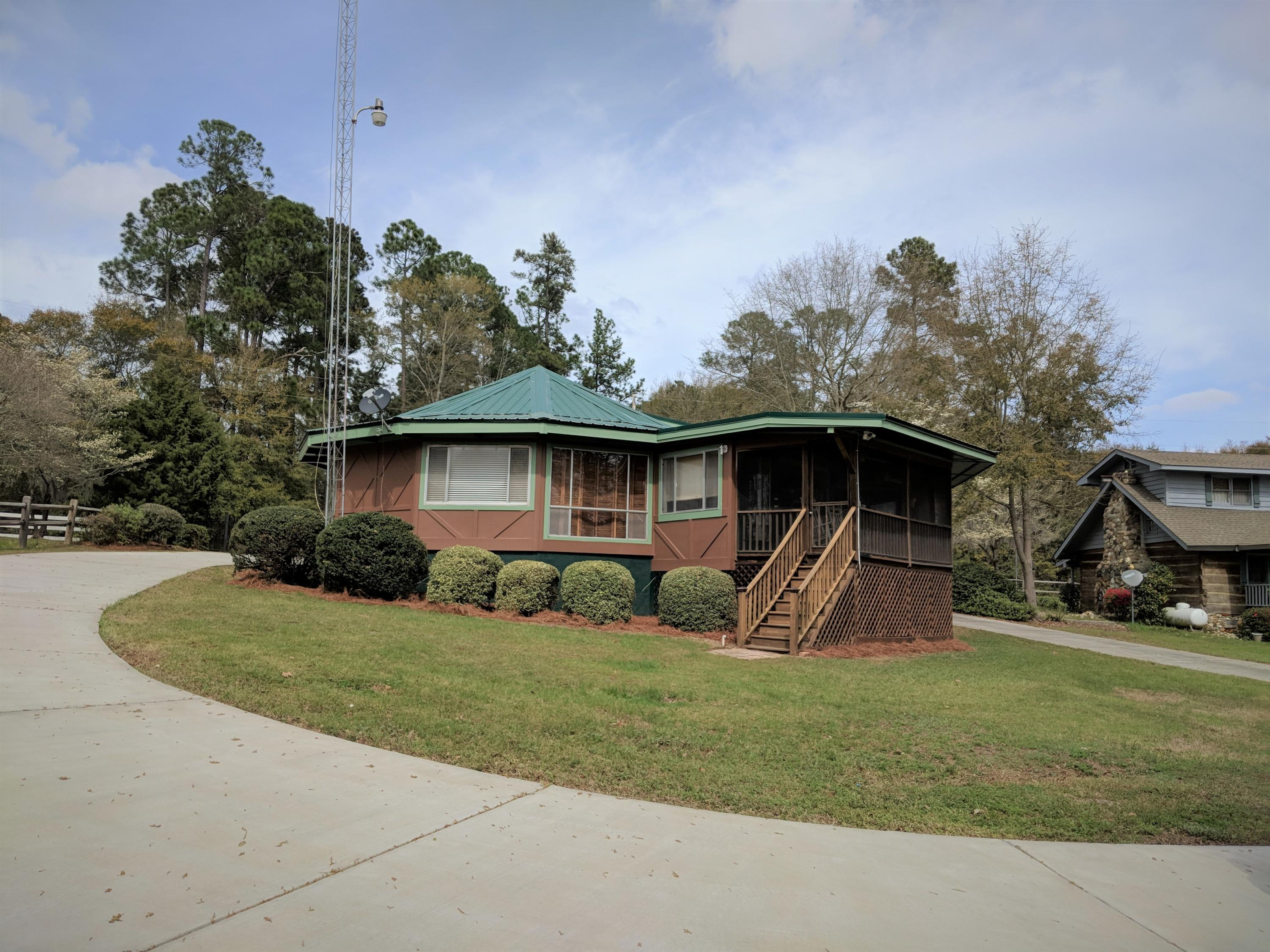 3576 Princess Pond Road Summerton, SC 29148