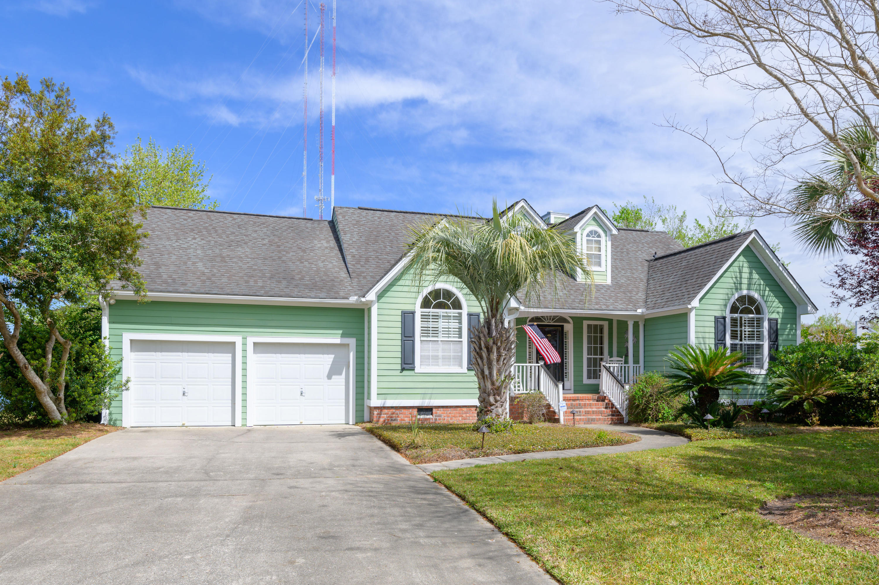 1385 Woodlock Road Mount Pleasant, SC 29464