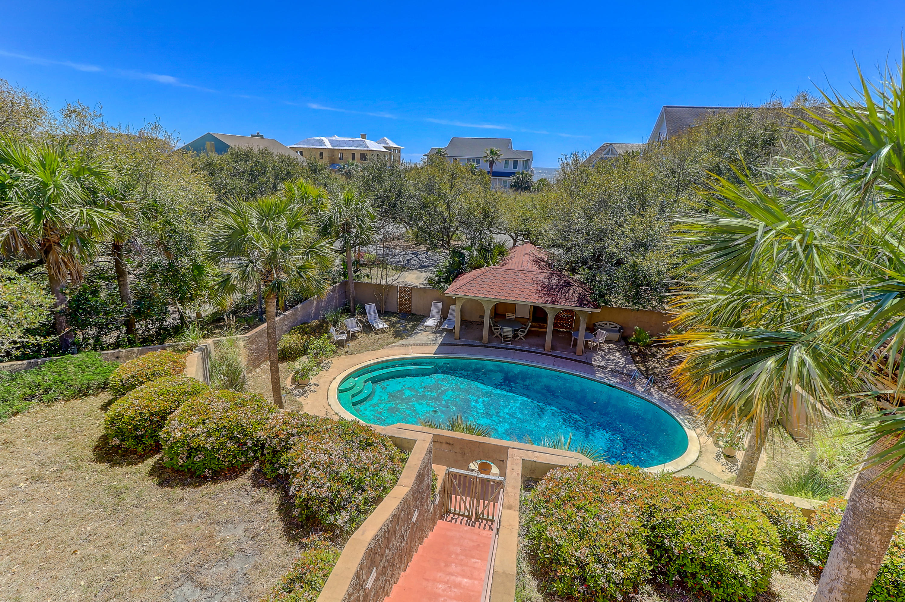 17 W Beachwood West Isle Of Palms, Sc 29451