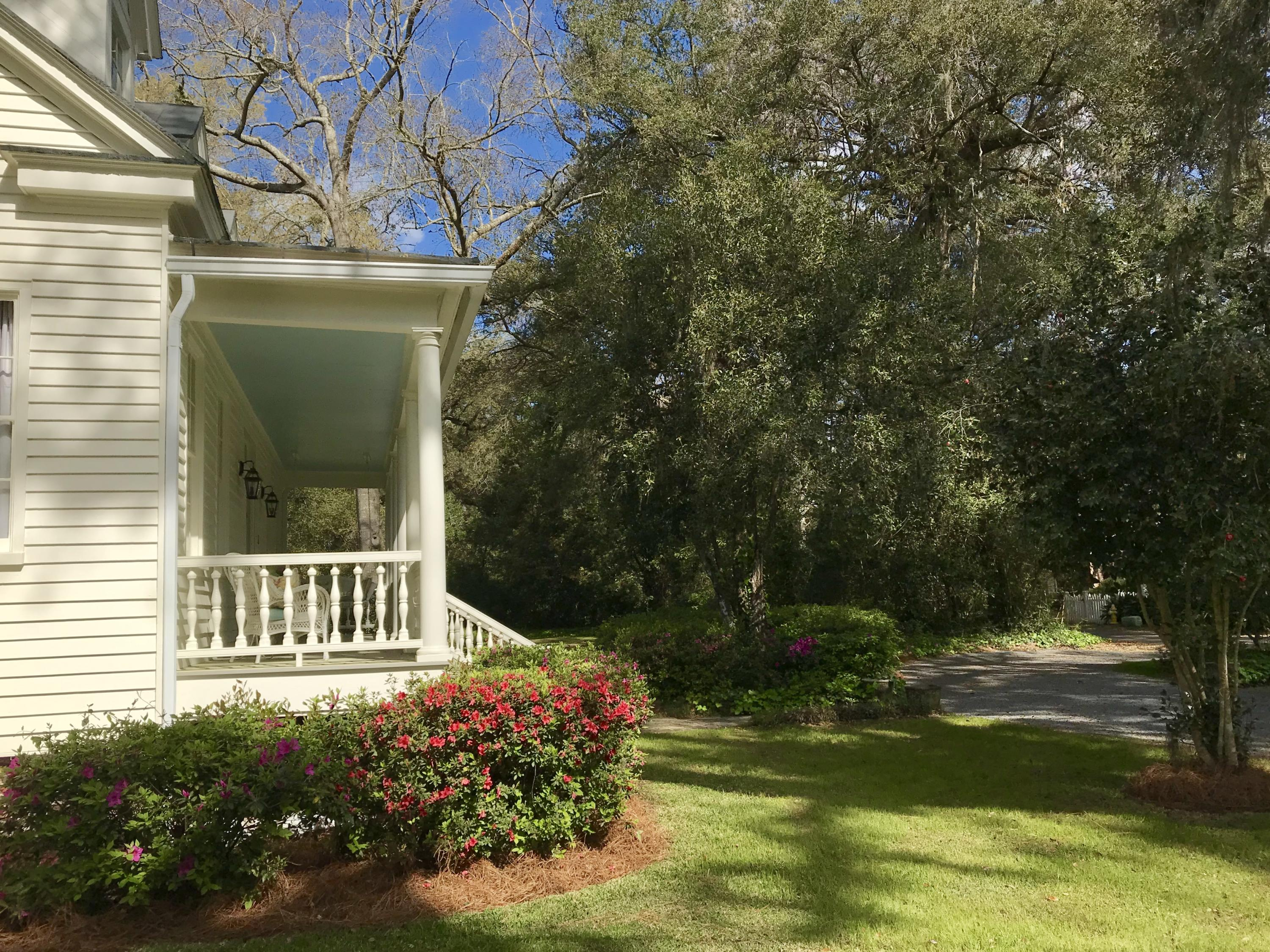 Historic District Homes For Sale - 115 Briarwood, Summerville, SC - 23