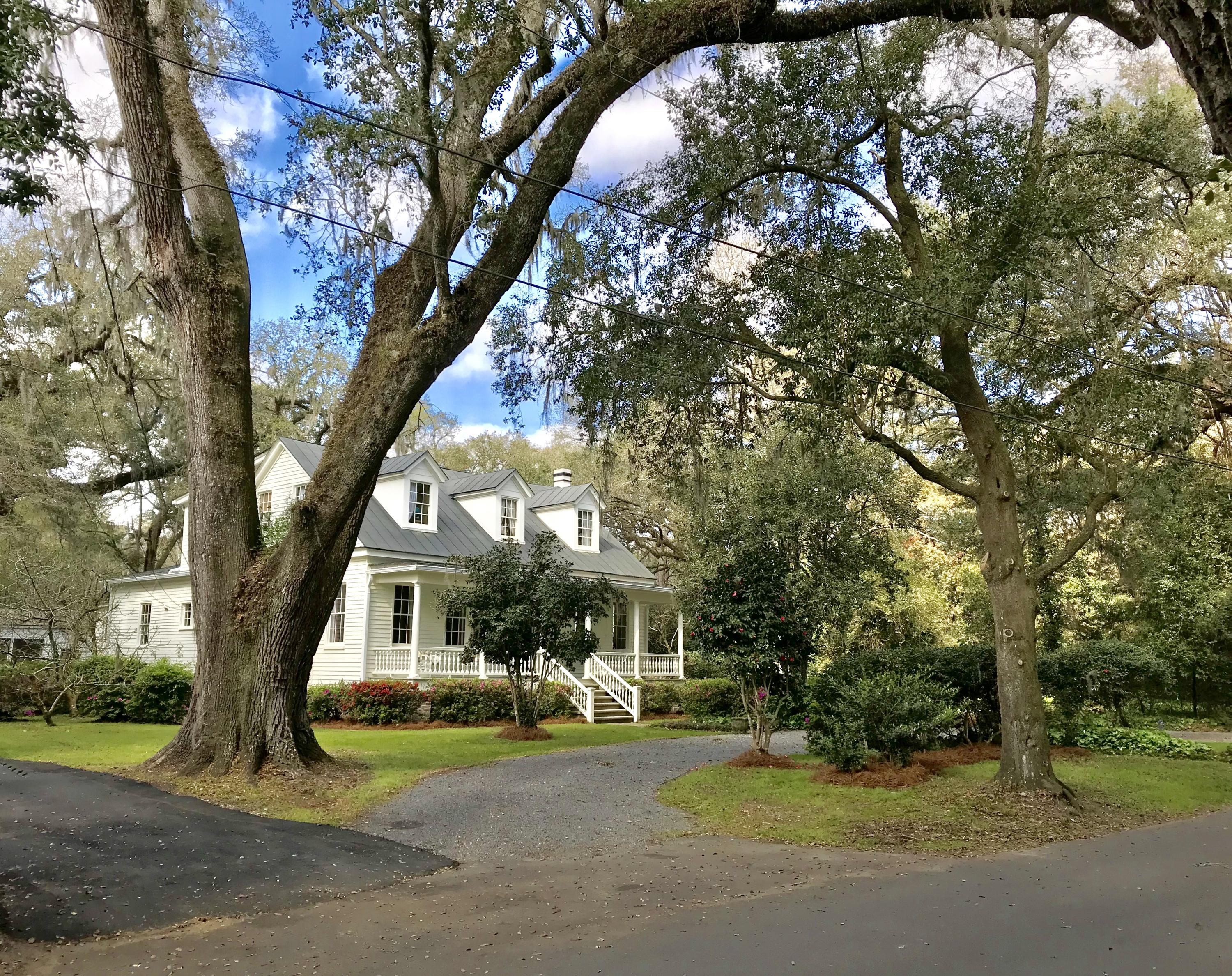 Historic District Homes For Sale - 115 Briarwood, Summerville, SC - 38