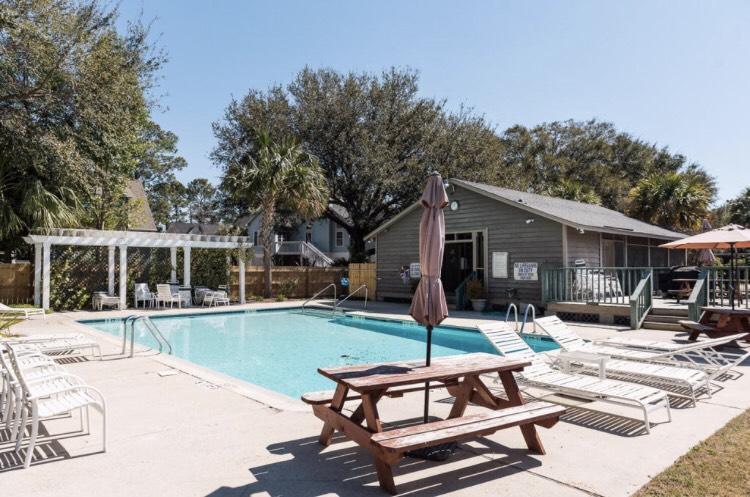 Oakhaven Plantation Homes For Sale - 1430 Inland Creek, Mount Pleasant, SC - 1