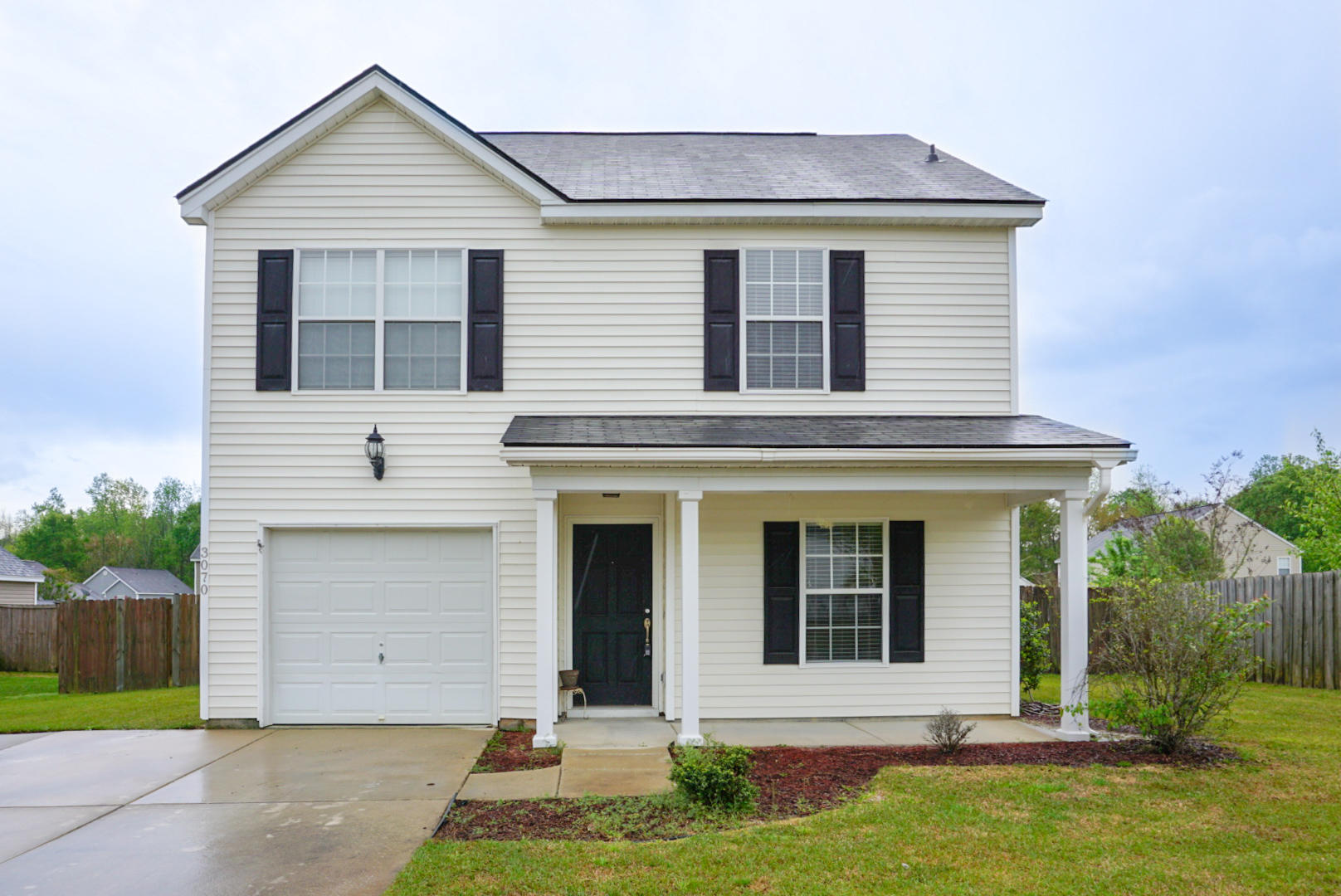 3070 Maple Leaf Drive Moncks Corner, SC 29461