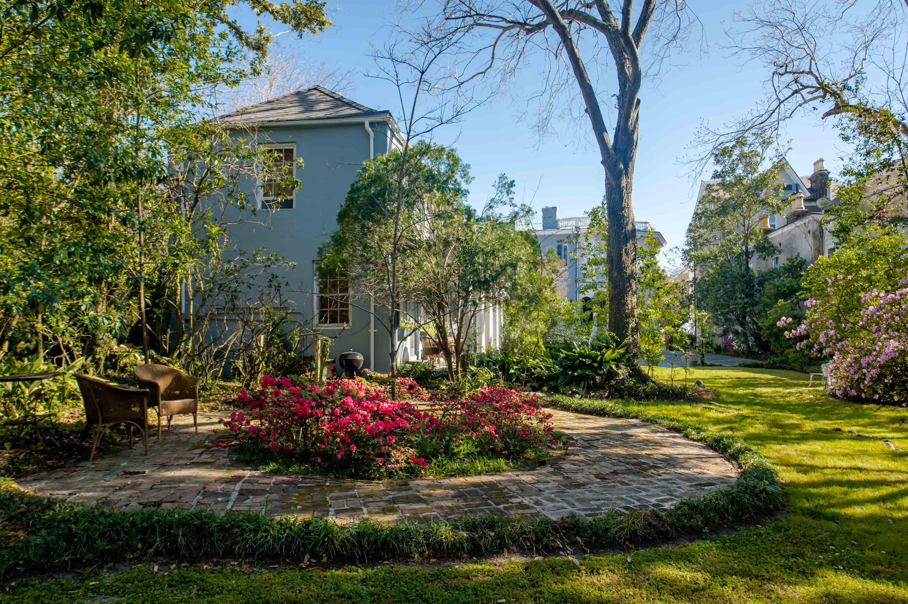 26 South Battery Charleston, SC 29401