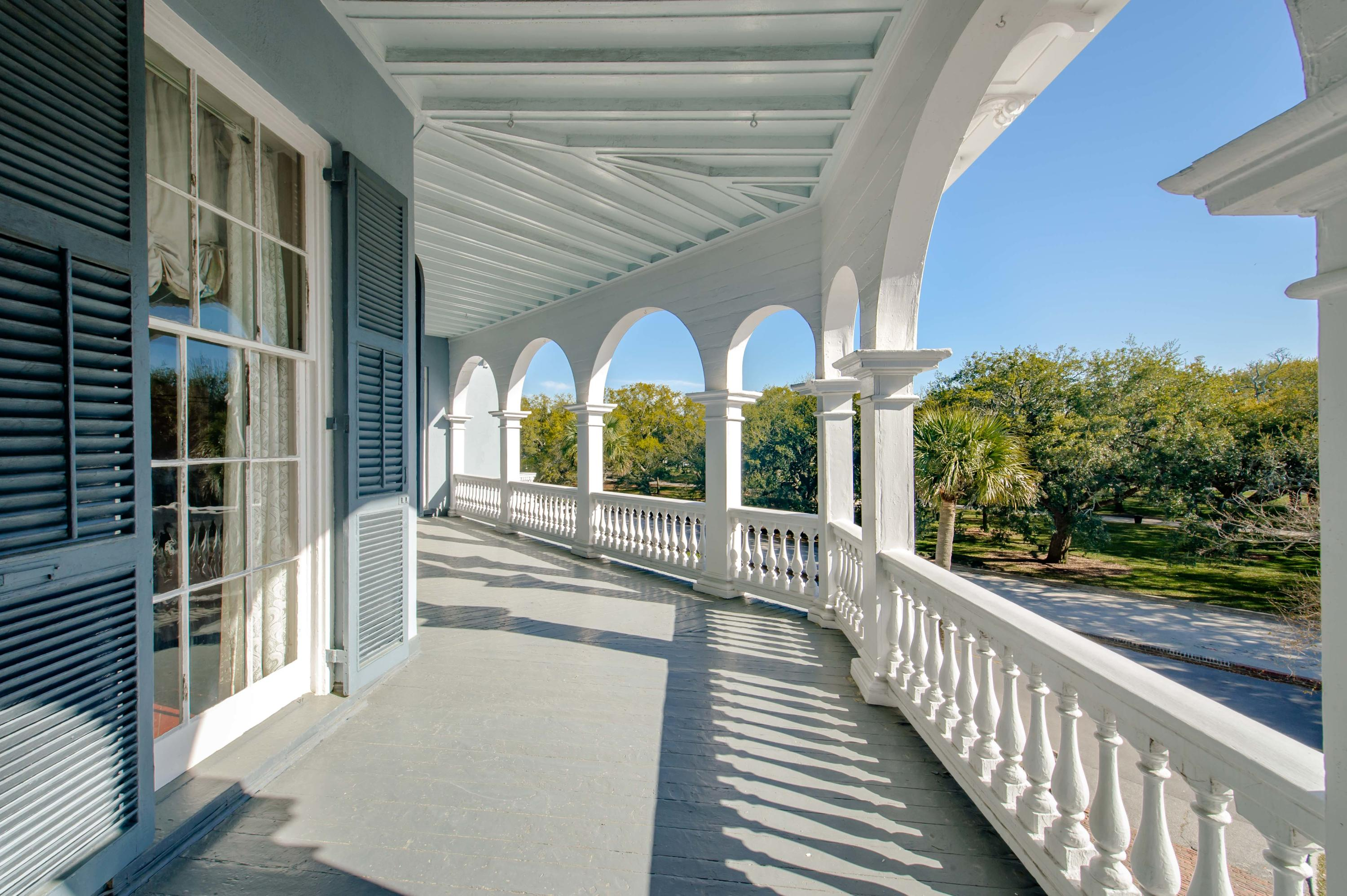 26 South Battery Street Charleston, SC 29401