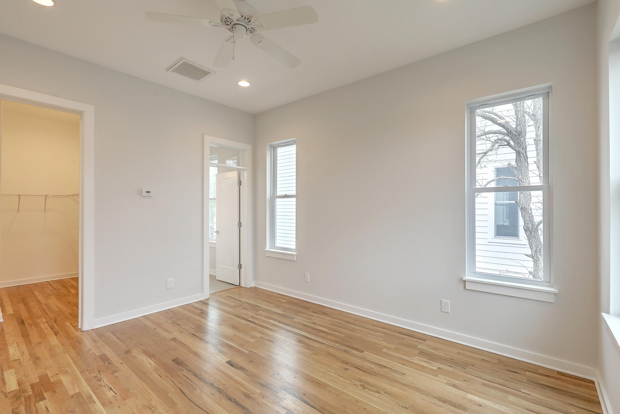 Park Circle Homes For Sale - 4440 Oakwood, North Charleston, SC - 16