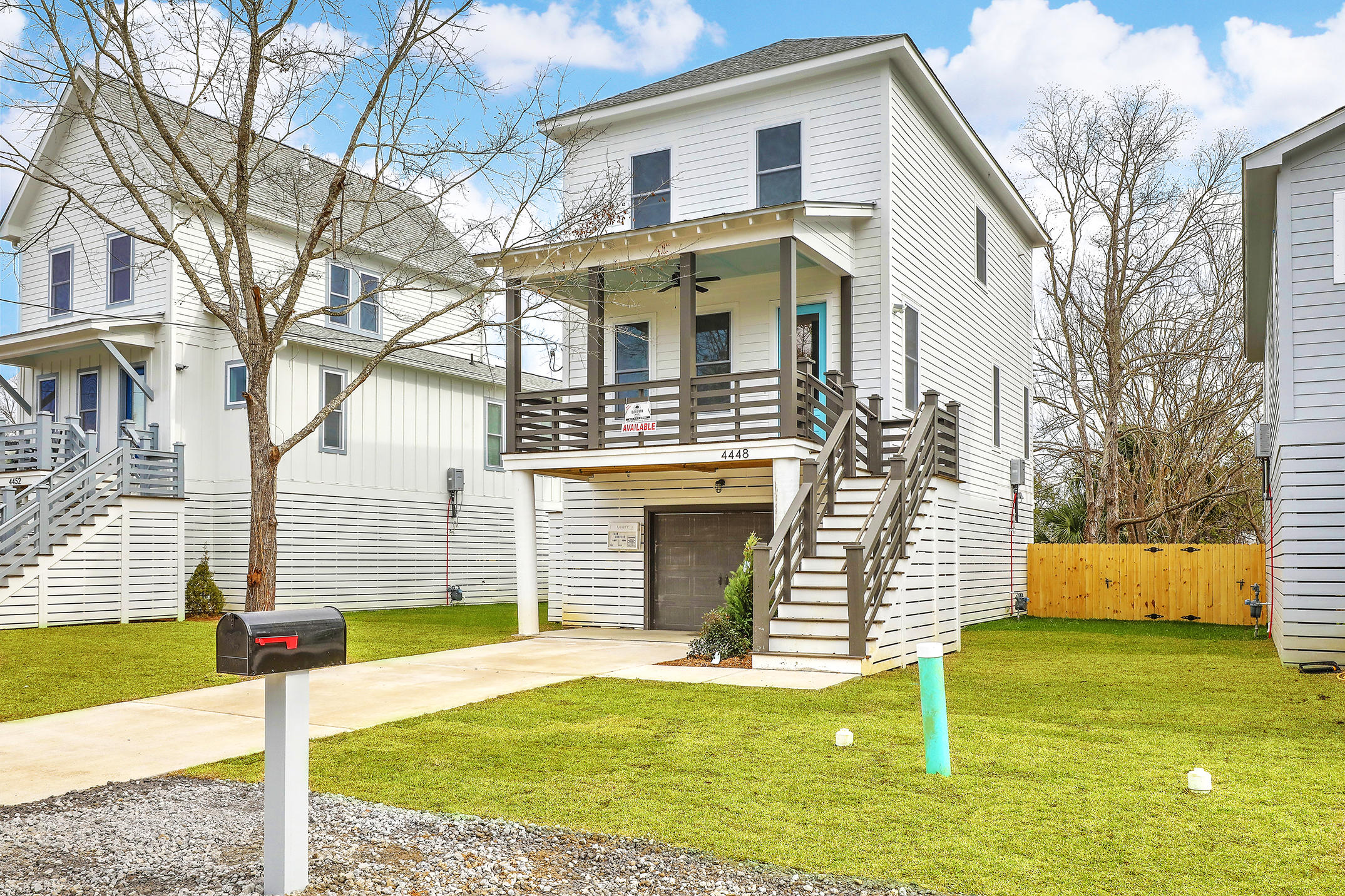 4504 Oakwood Avenue North Charleston, SC 29405