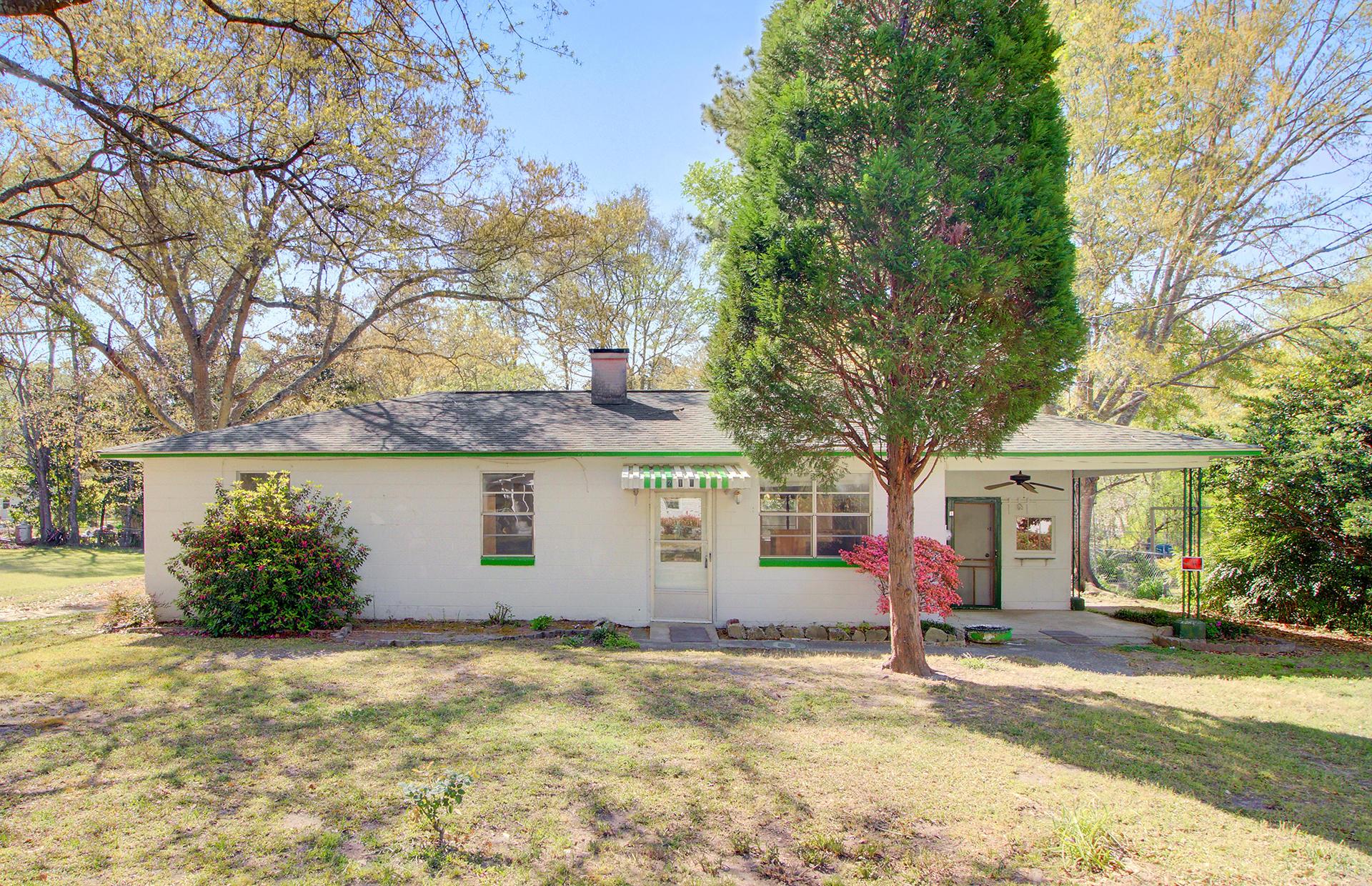 211 Dogwood Avenue Goose Creek, SC 29445