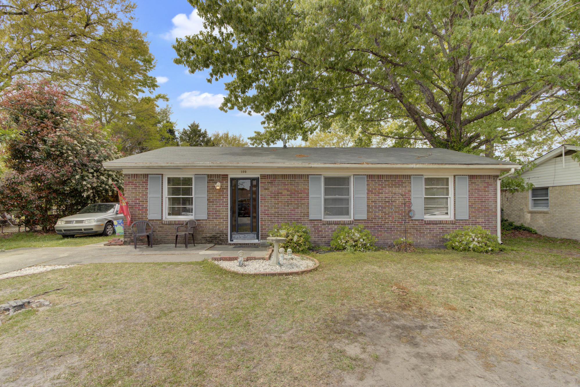 109 Summit Avenue Goose Creek, SC 29445
