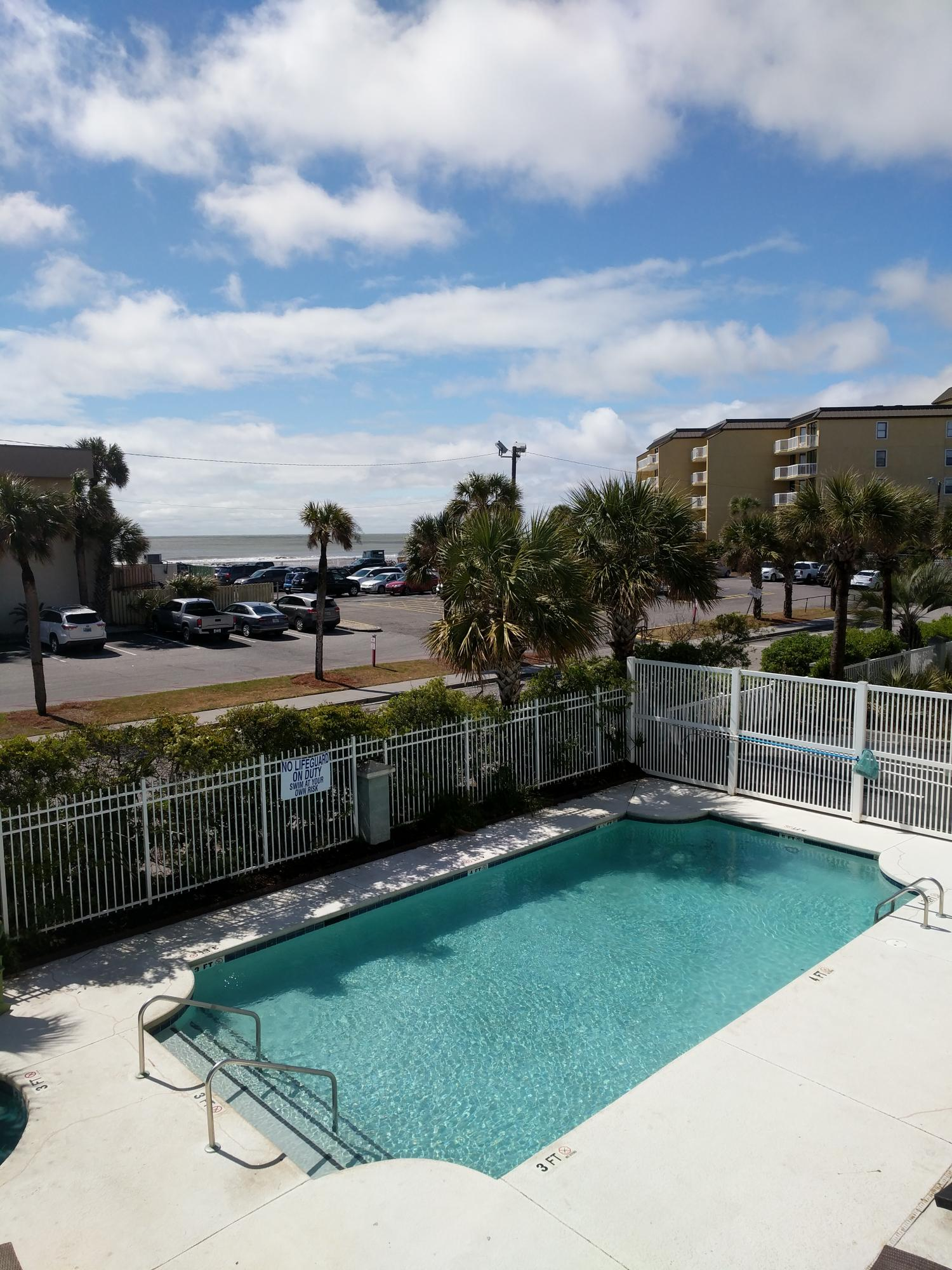 106 W Arctic Folly Beach, SC 29439