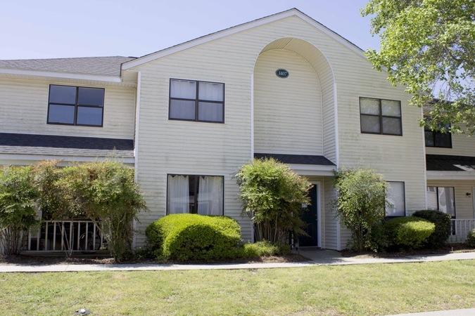 1407 Dove Run Drive Charleston, SC 29412