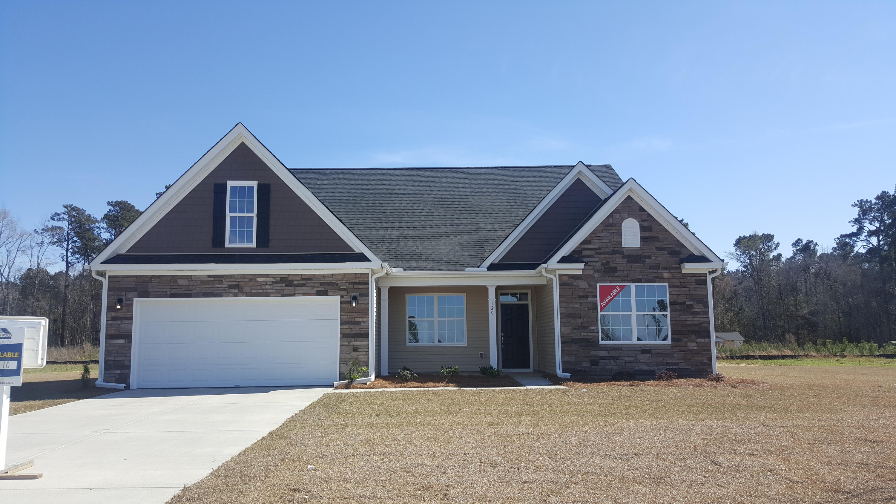 120 Lakelyn Road Moncks Corner, SC 29461