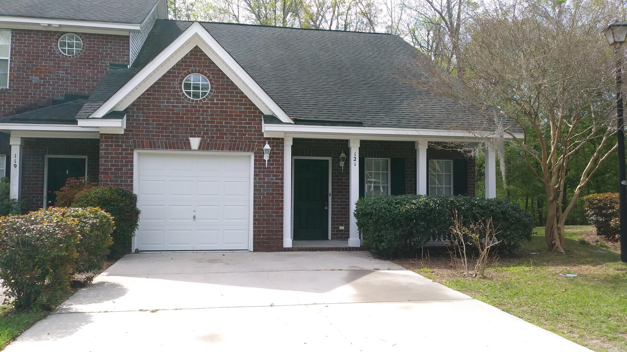121 Walden Ridge Way Summerville, SC 29485