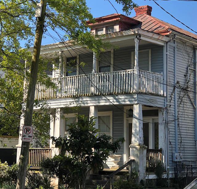 697 1/2 King Street Charleston, SC 29403