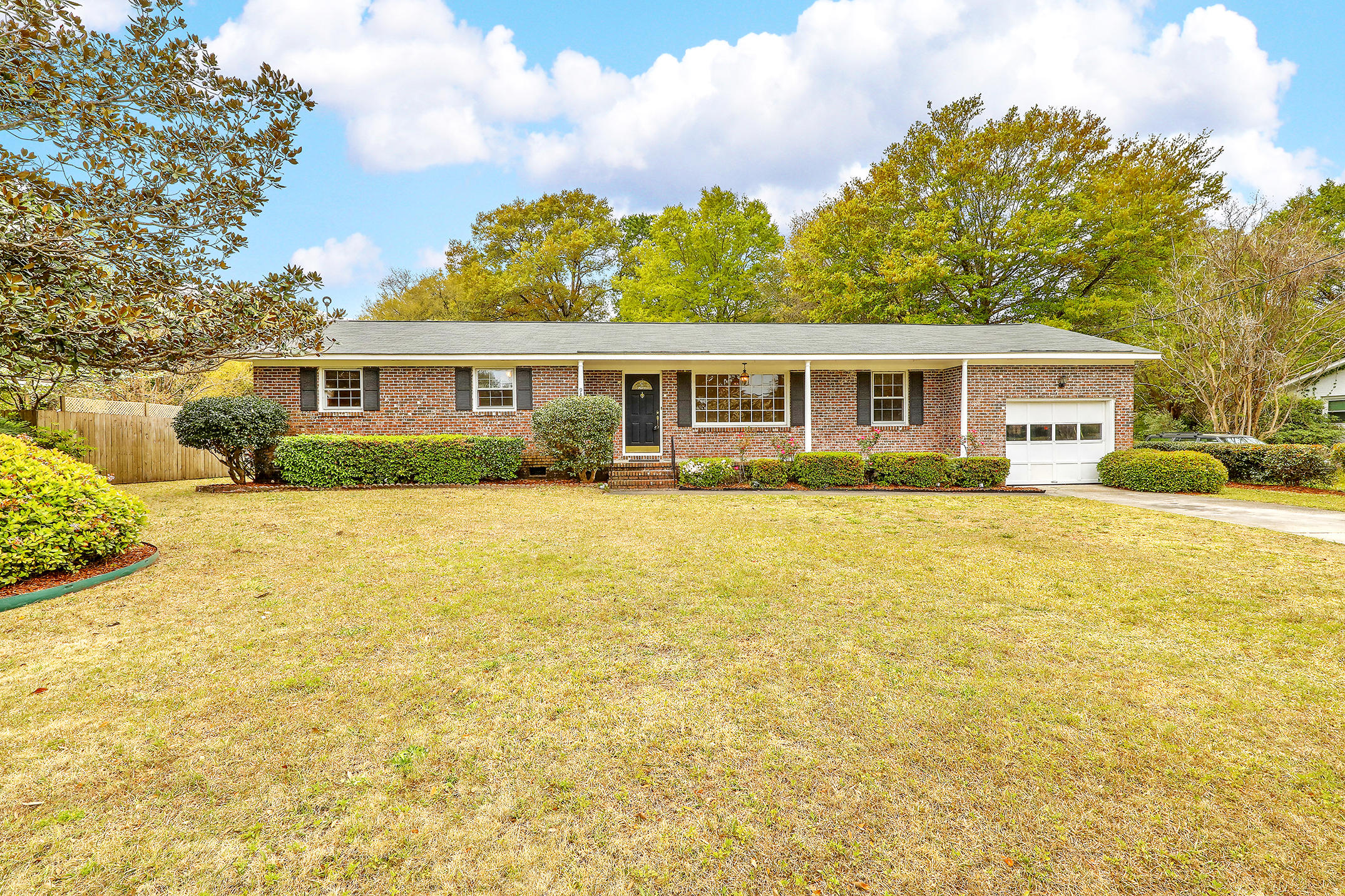 939 Mikell Drive Charleston, SC 29412