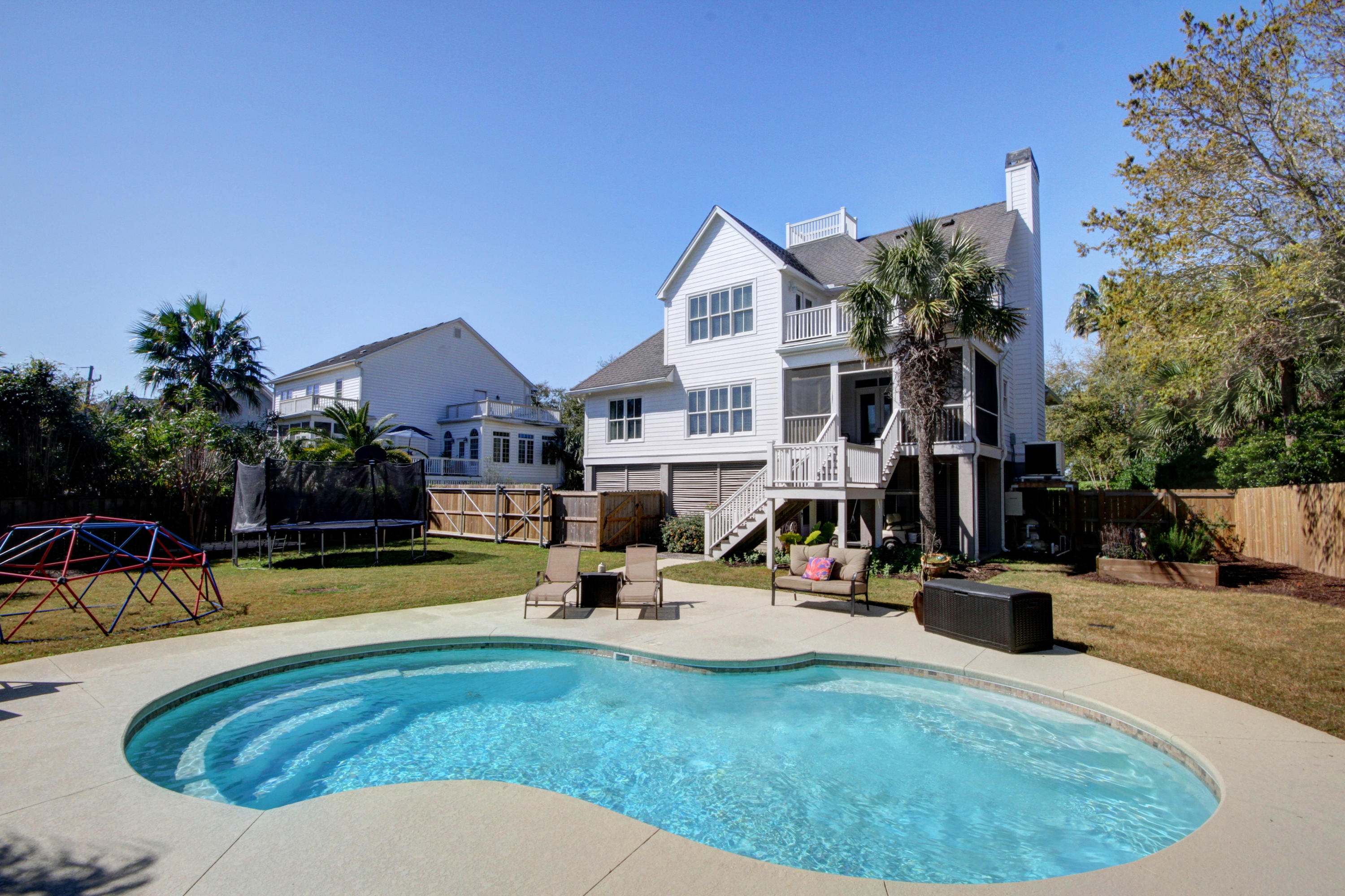 6 Intracoastal Court Isle Of Palms, SC 29451