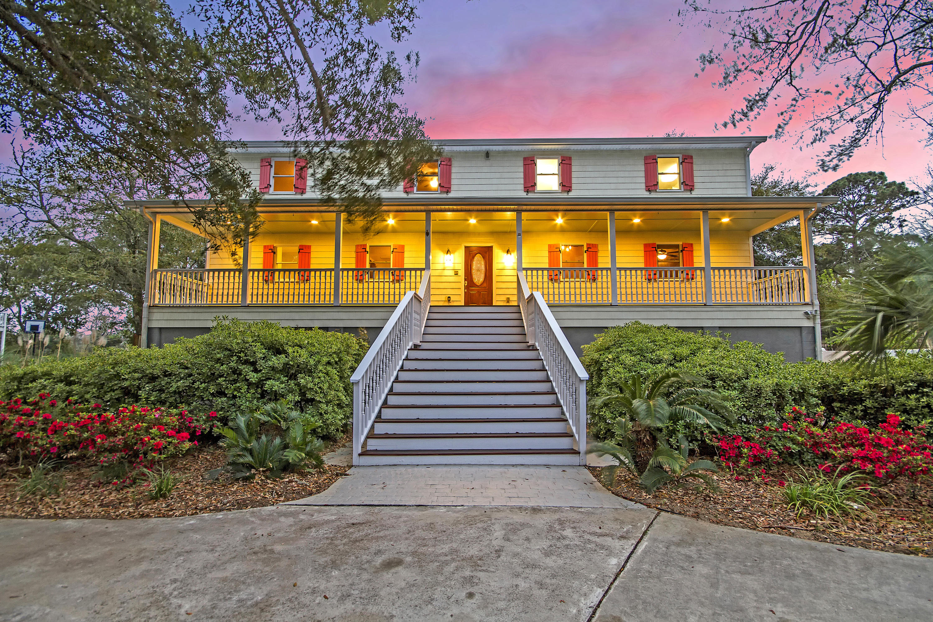 Lighthouse Point Homes For Sale - 719 Windward, Charleston, SC - 1