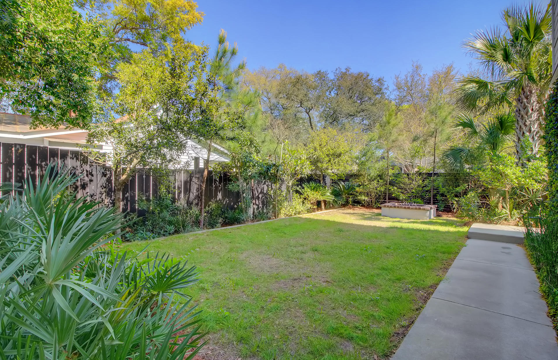 Old Mt Pleasant Homes For Sale - 209 Greenwich, Mount Pleasant, SC - 32