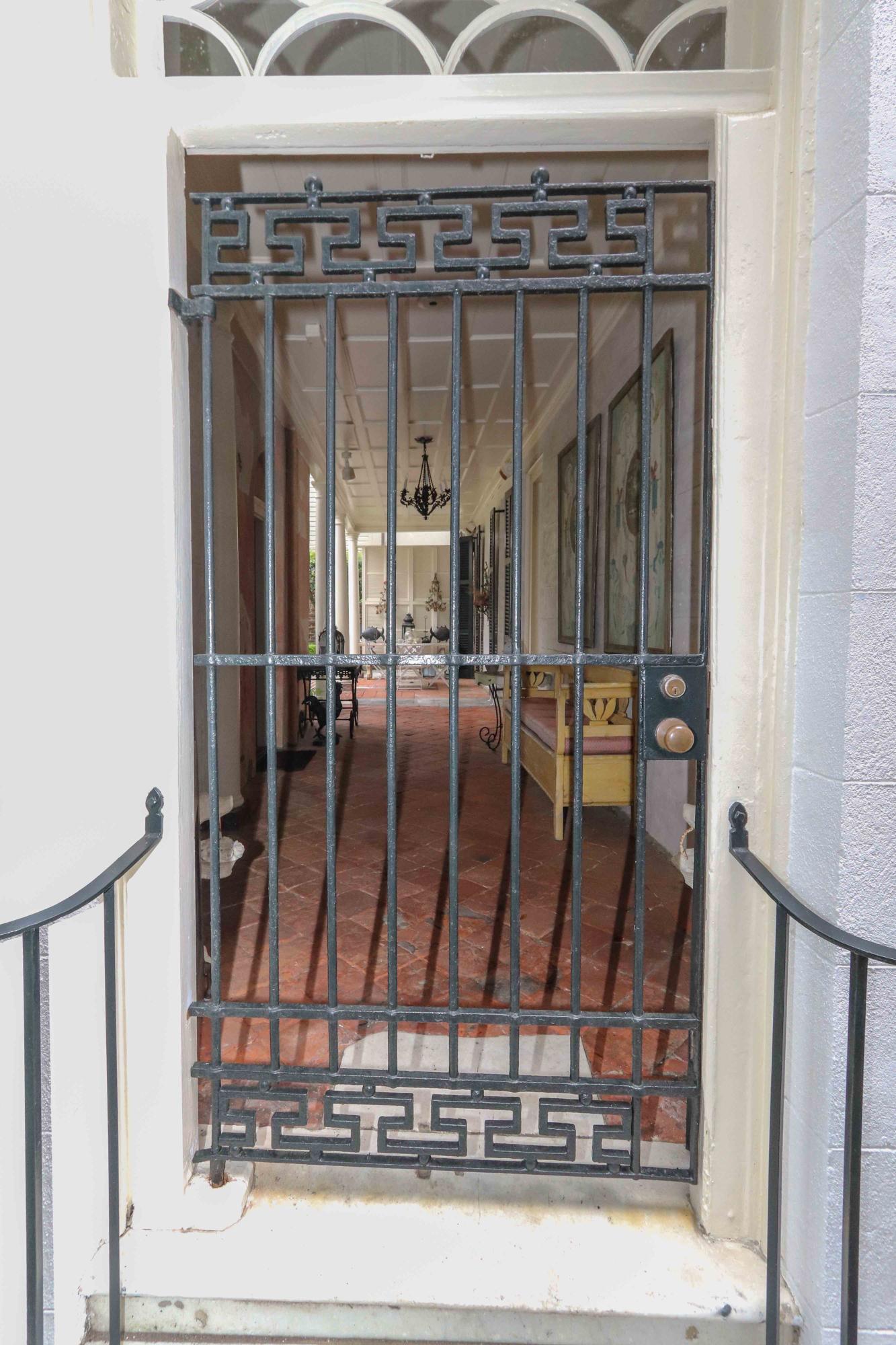 75-77 Church Street Charleston, SC 29401