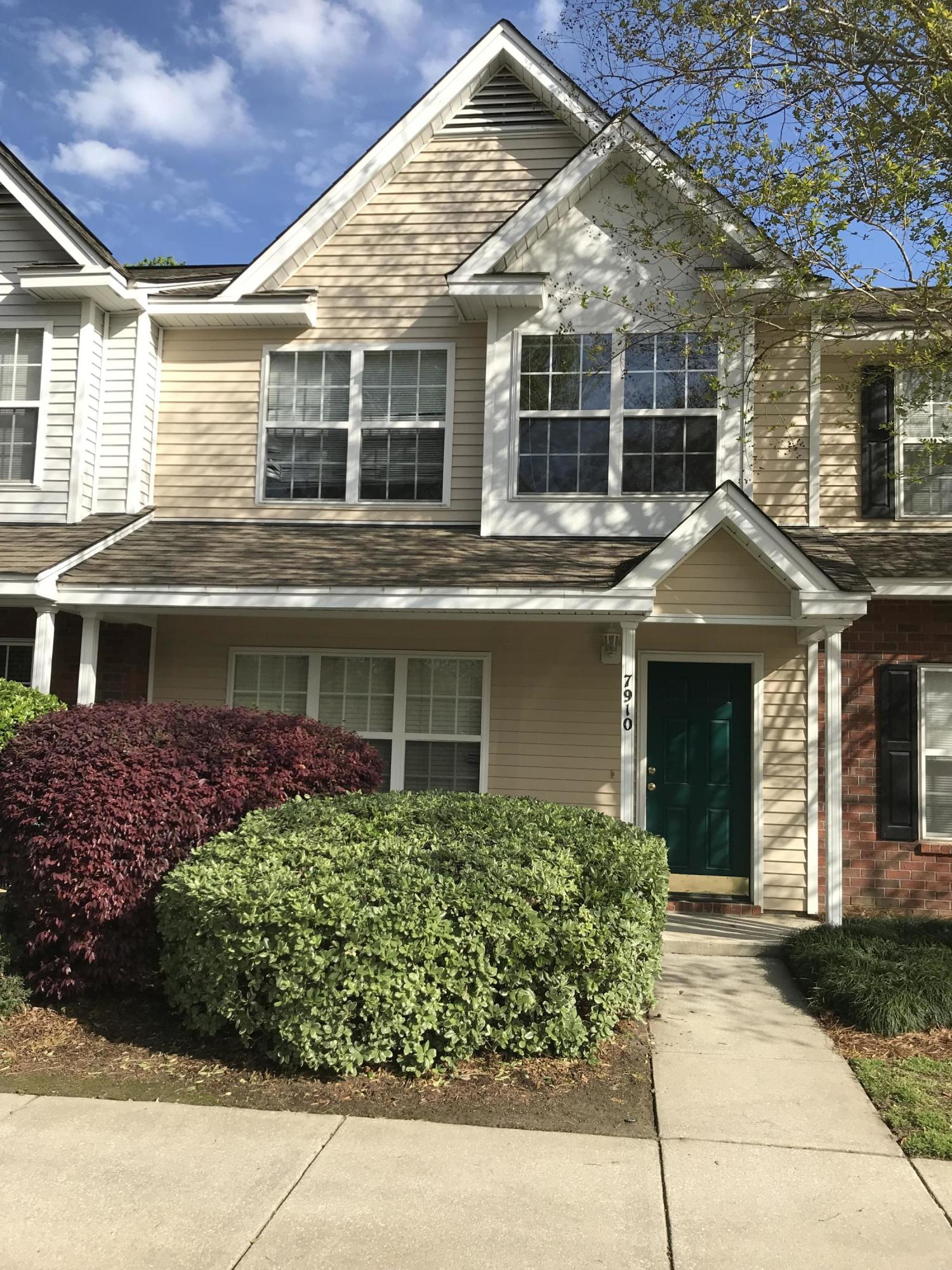 7910 Shadow Oak Drive North Charleston, SC 29406