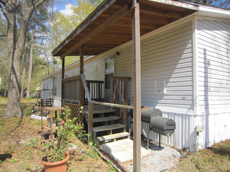 746 Calhoun Street Summerville, SC 29485