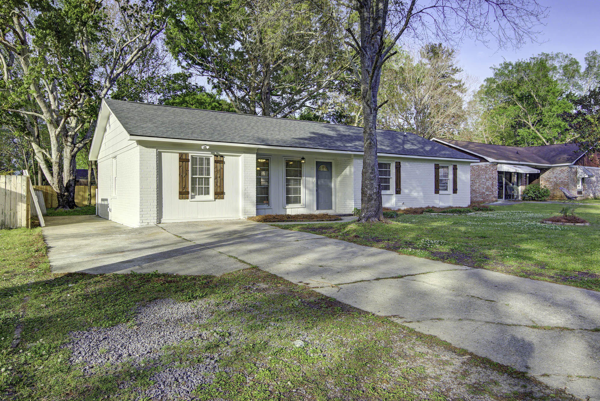 113 Waring Road Summerville, SC 29485
