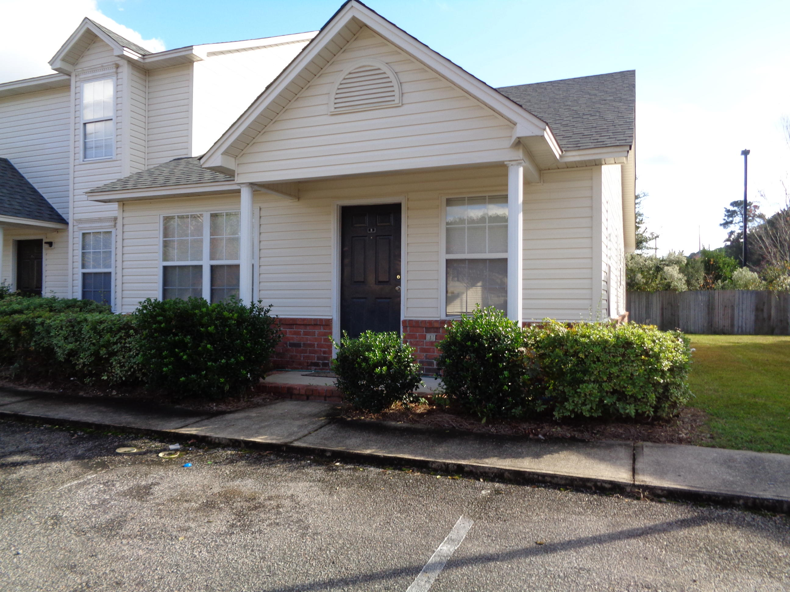 4044 Cedars Parkway North Charleston, SC 29420