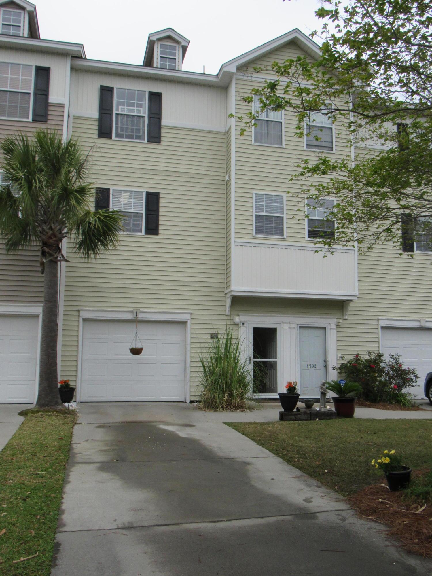 4504 Great Oak Drive North Charleston, SC 29418