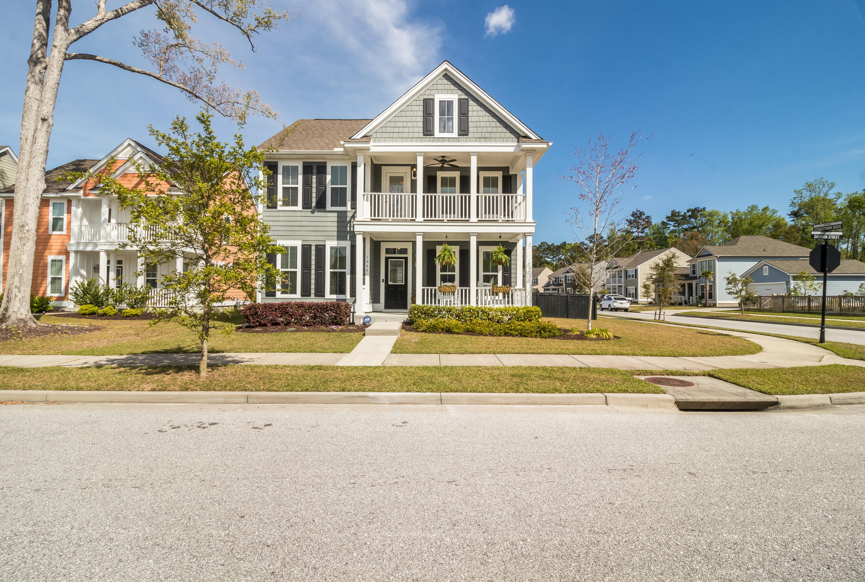1846 Gammon Street Charleston, SC 29414