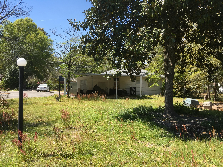 305 Meadow Walterboro, SC 29488