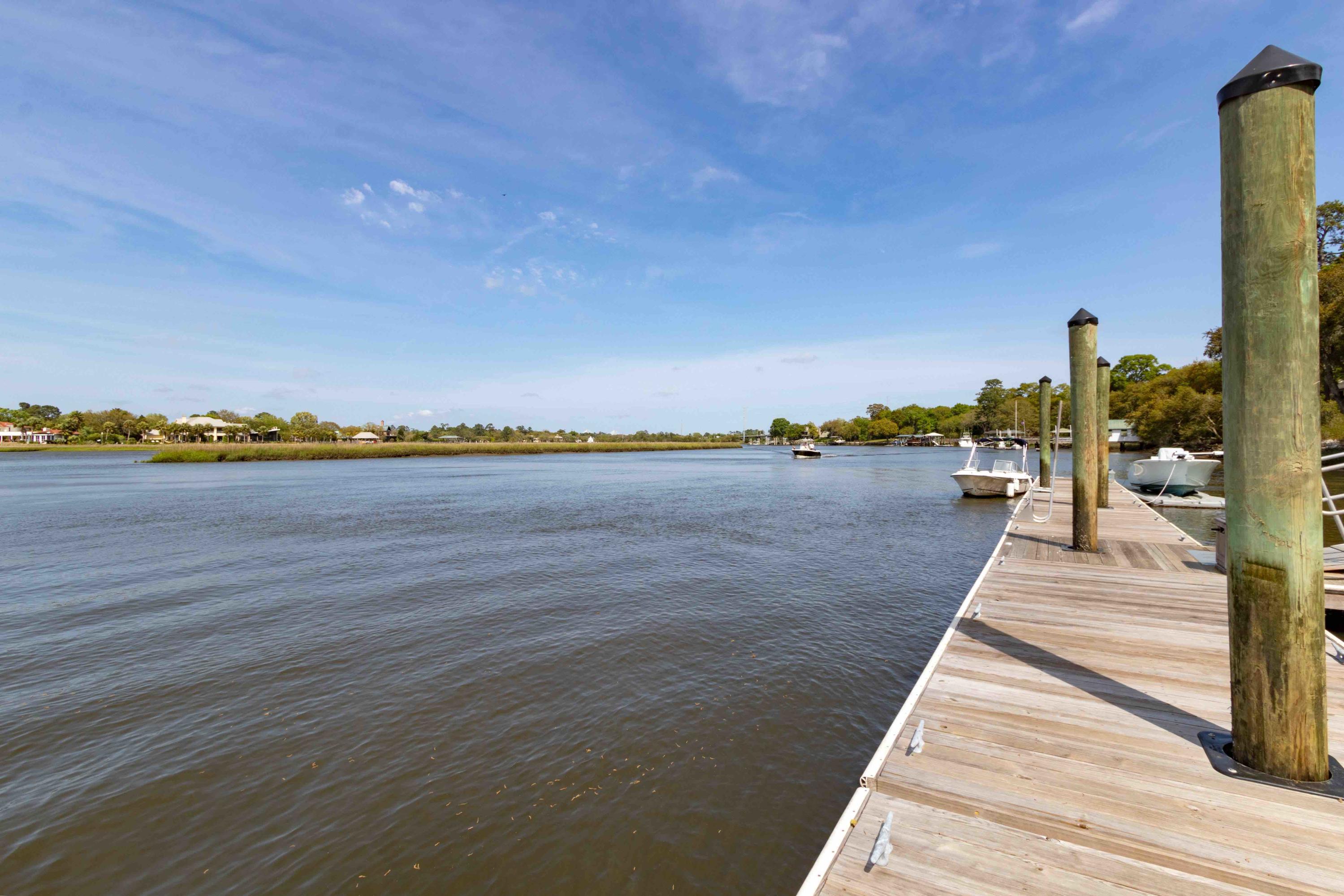 Waterfront Plantation Homes For Sale - 107 Waterfront Plantation, Charleston, SC - 12