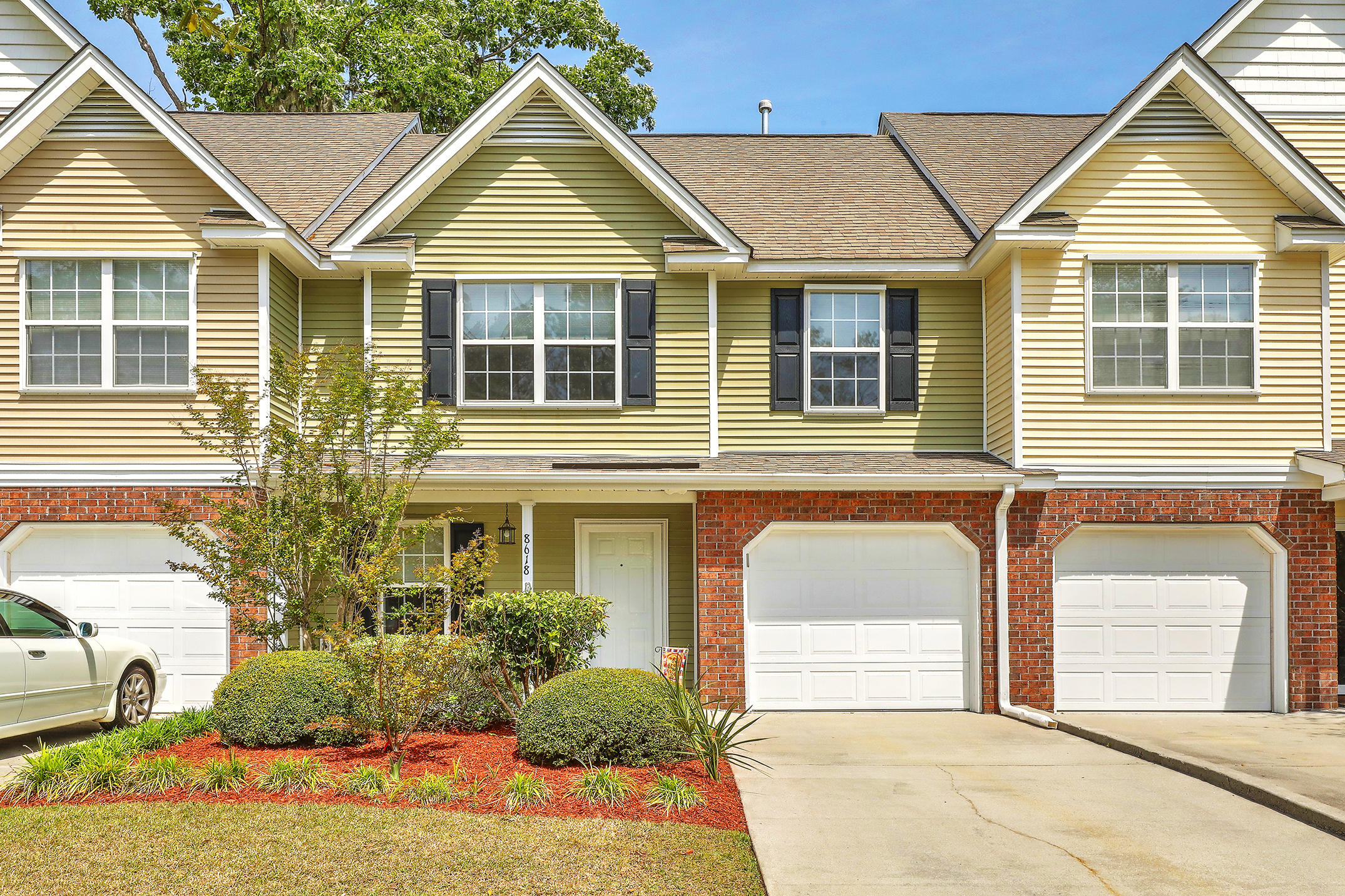 8618 Grassy Oak Trail North Charleston, SC 29420