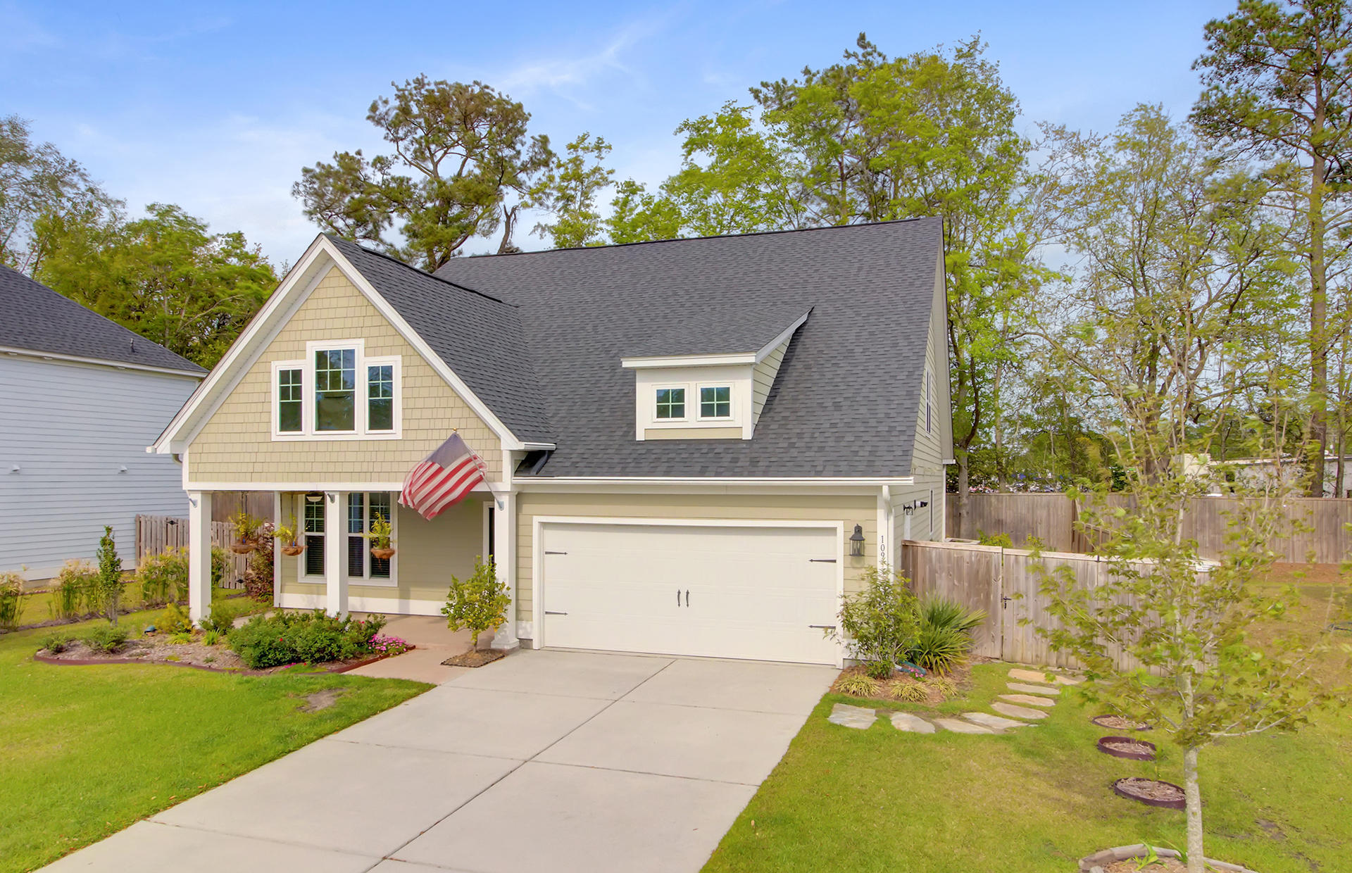 109 Long Needle Lane Summerville, SC 29485