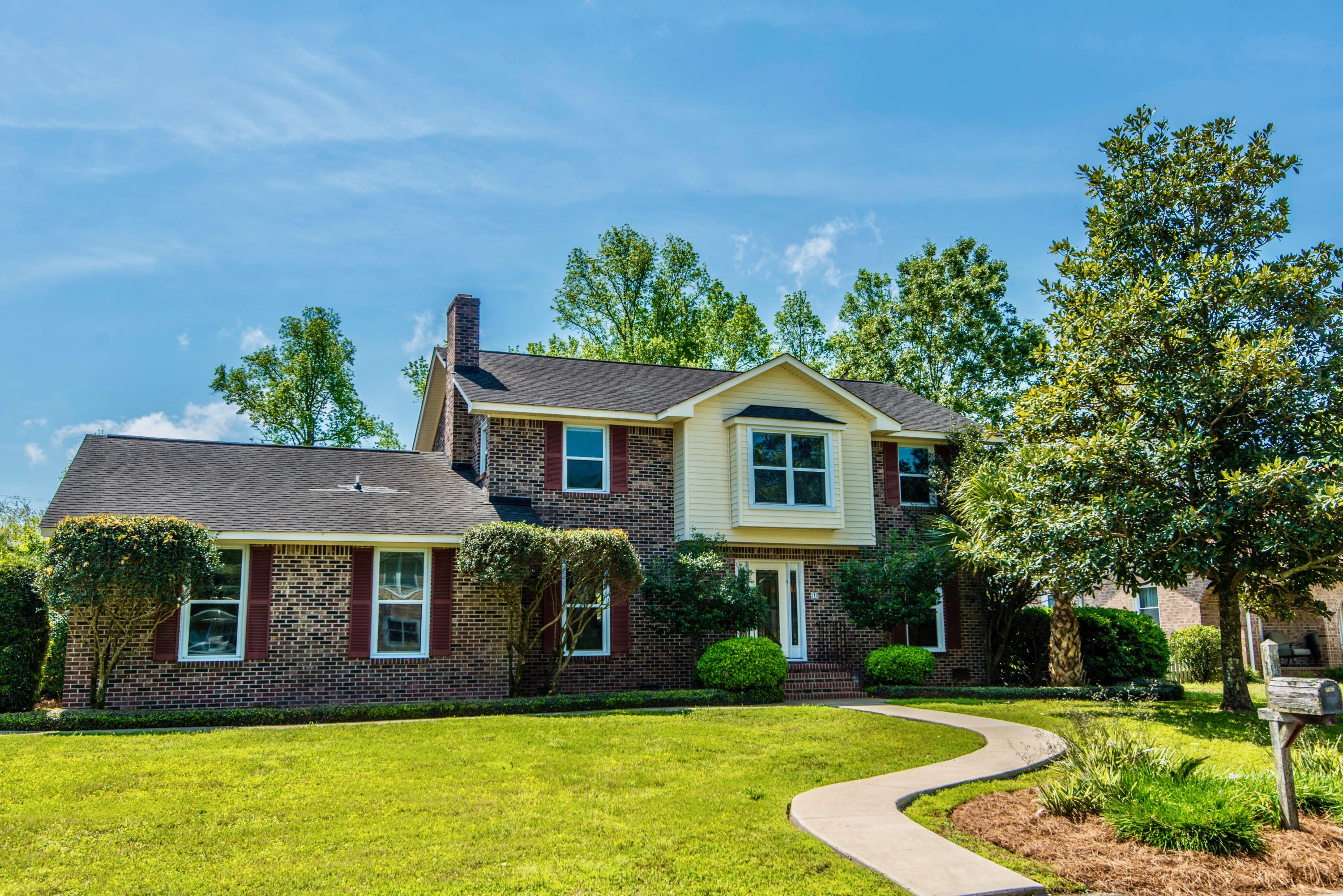 1 Avon Court Charleston, SC 29407