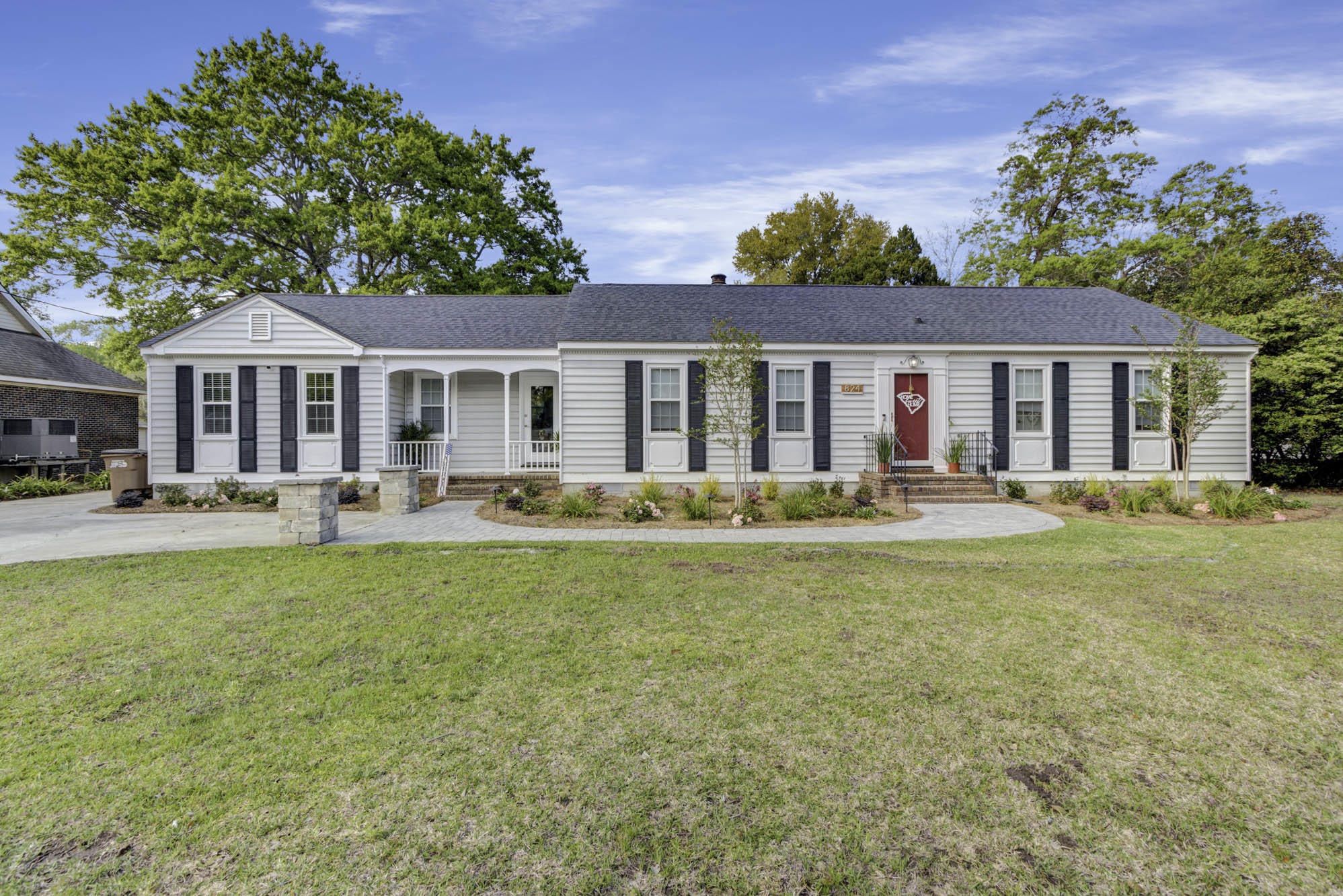 824 Harbor View Road Charleston, SC 29412