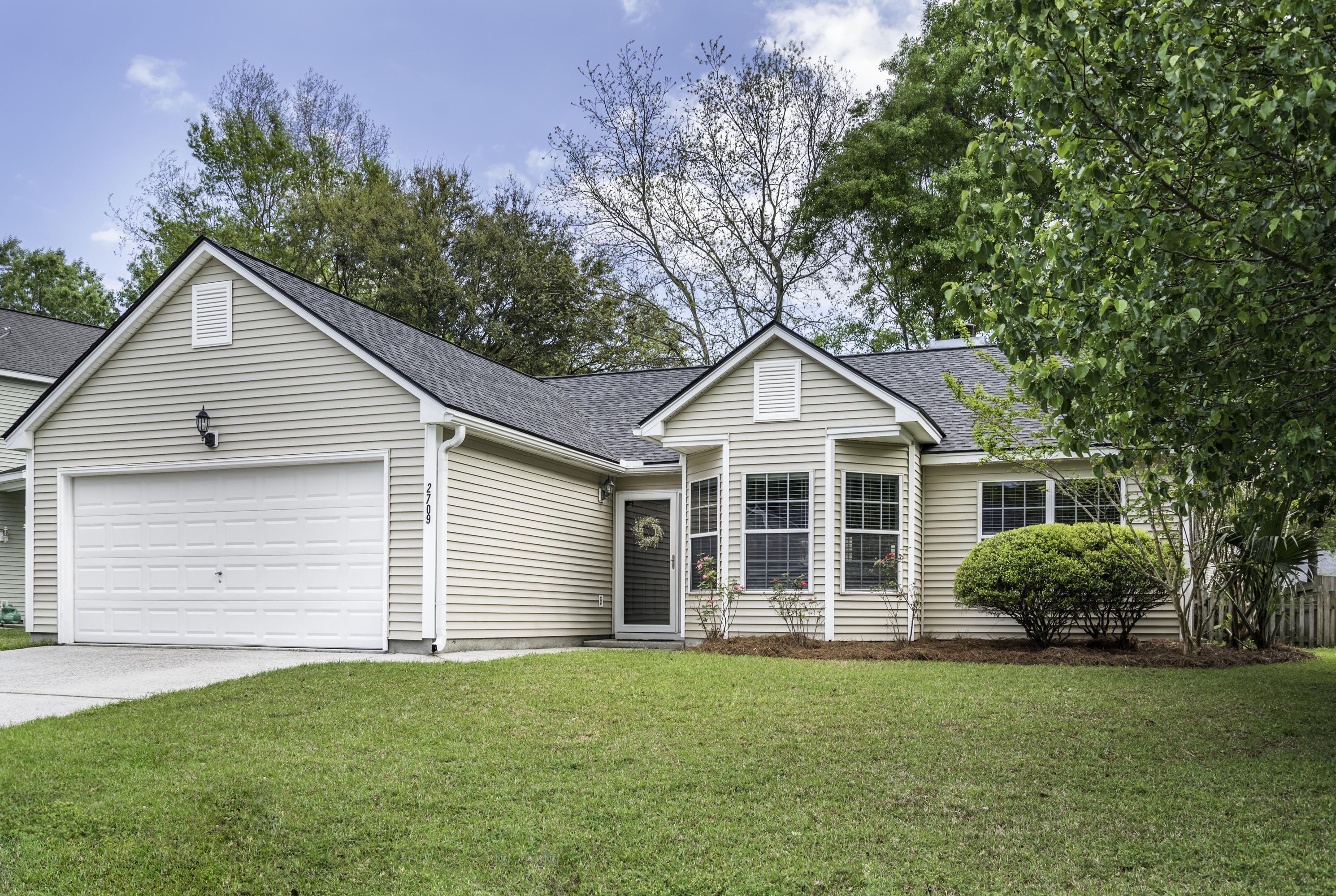 2709 Four Winds Place Mount Pleasant, SC 29466
