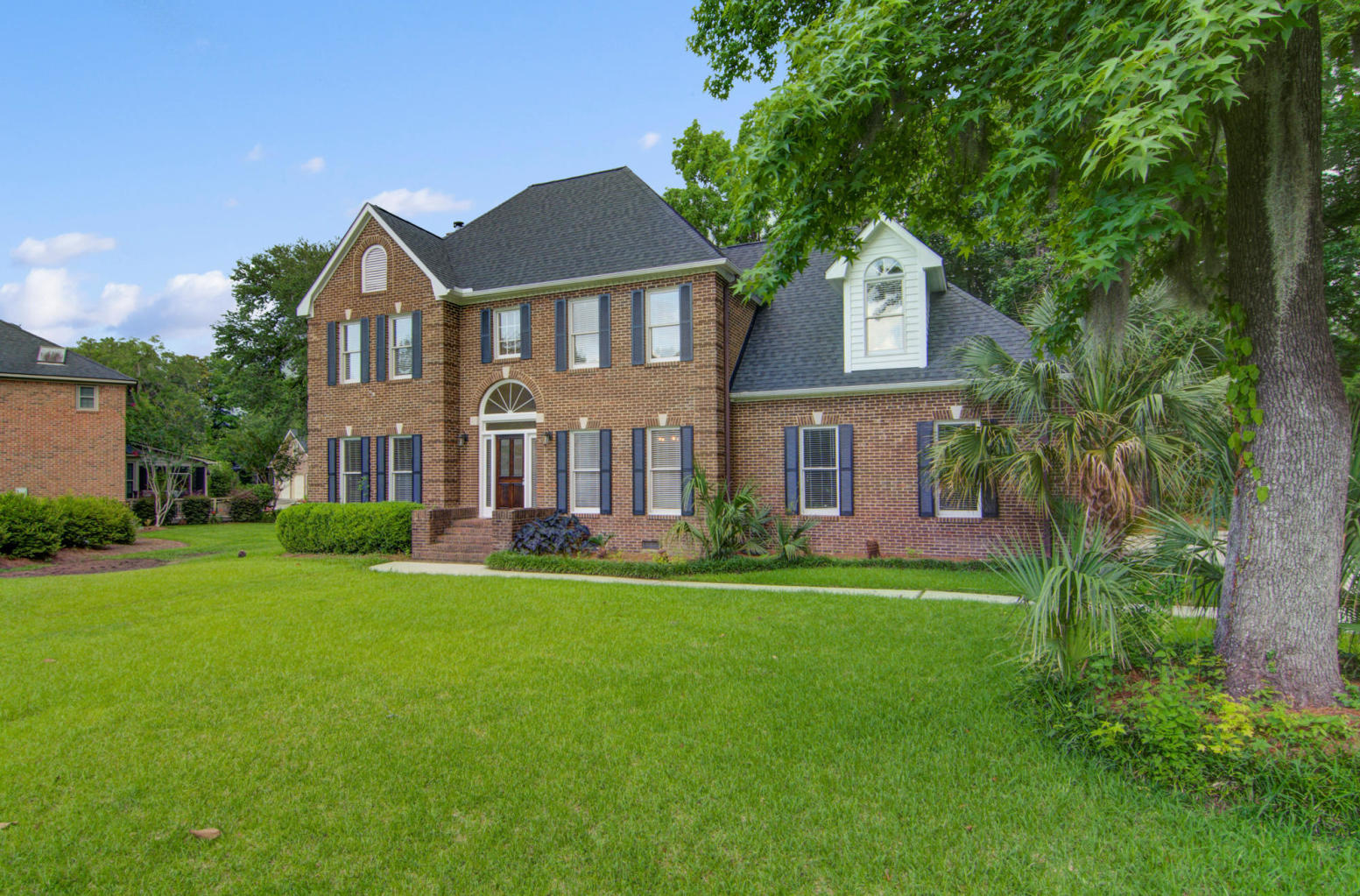 2346 Maclaura Hall Avenue Charleston, SC 29414