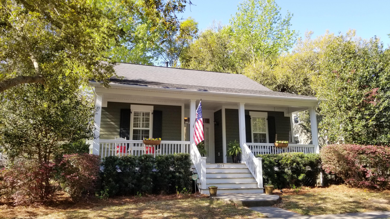 1013 Barfield Street Charleston, SC 29492